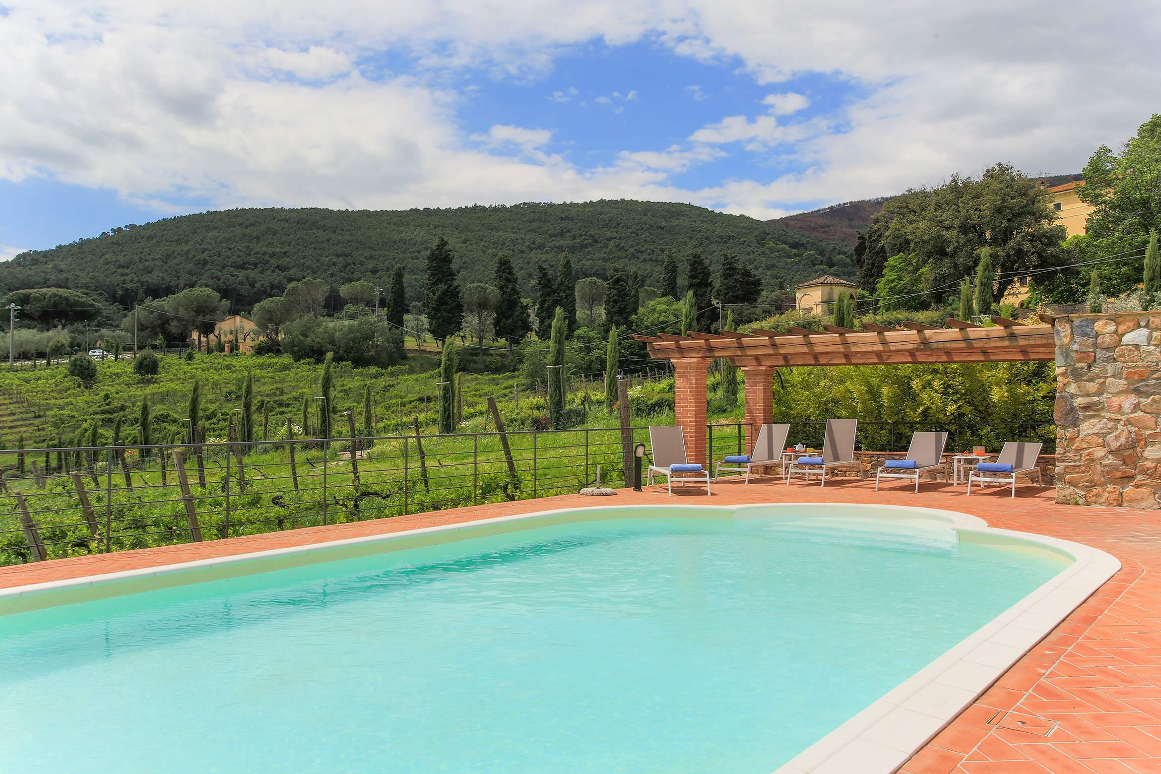 Casa Di Dante, 3 bedroom villa in North Tuscany - Pisa & Lucca Area, Tuscany Photo #7