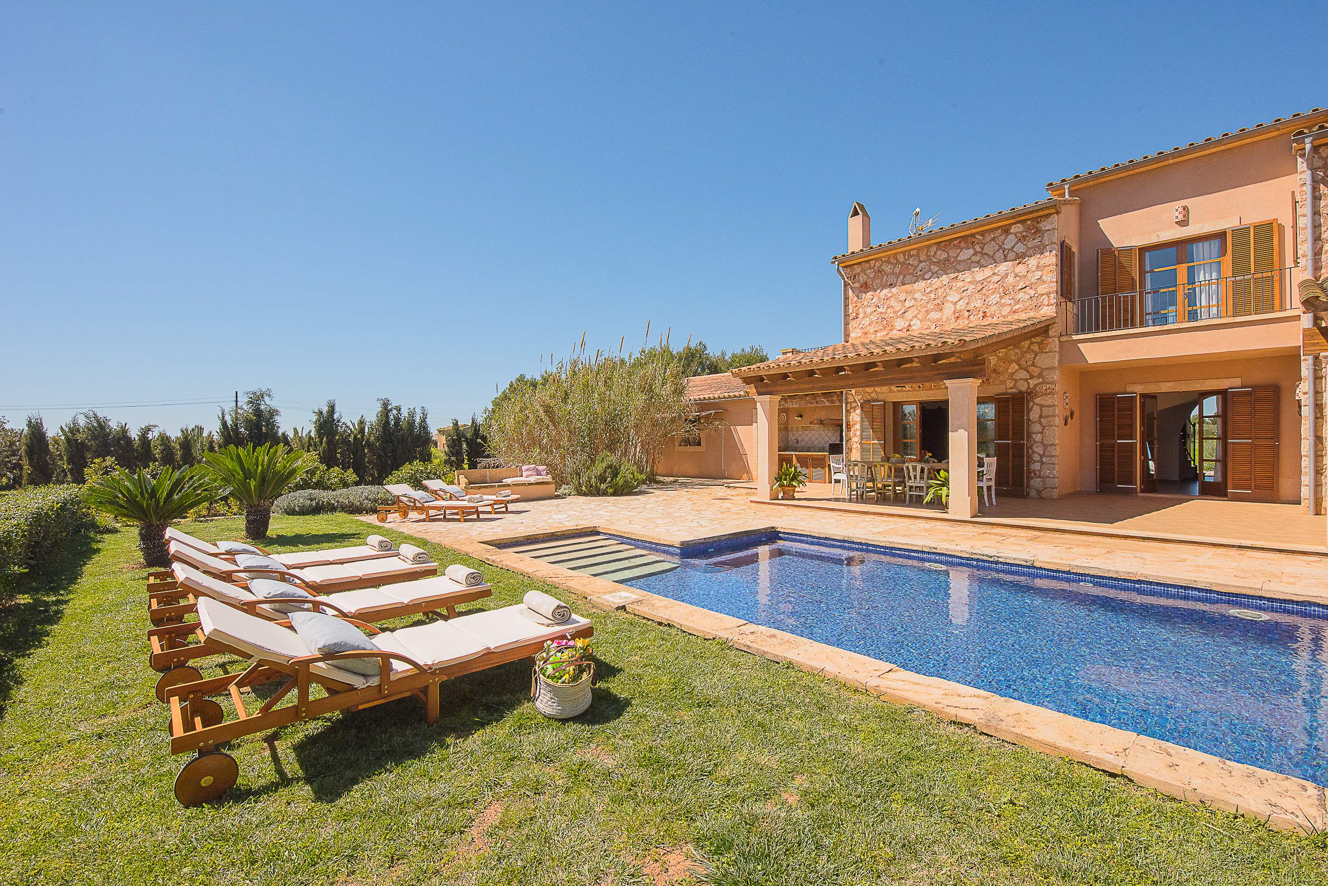 Villa Ses Quaranta, 4 bedroom villa in Campos & Sa Rapita , Majorca Photo #15