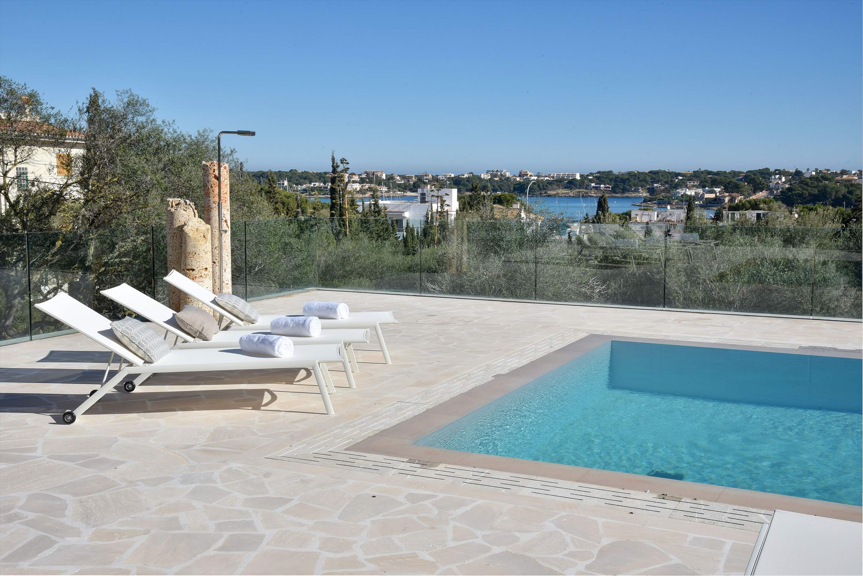 Casa Corso, 3 bedroom villa in Cala d'Or , Majorca Photo #2