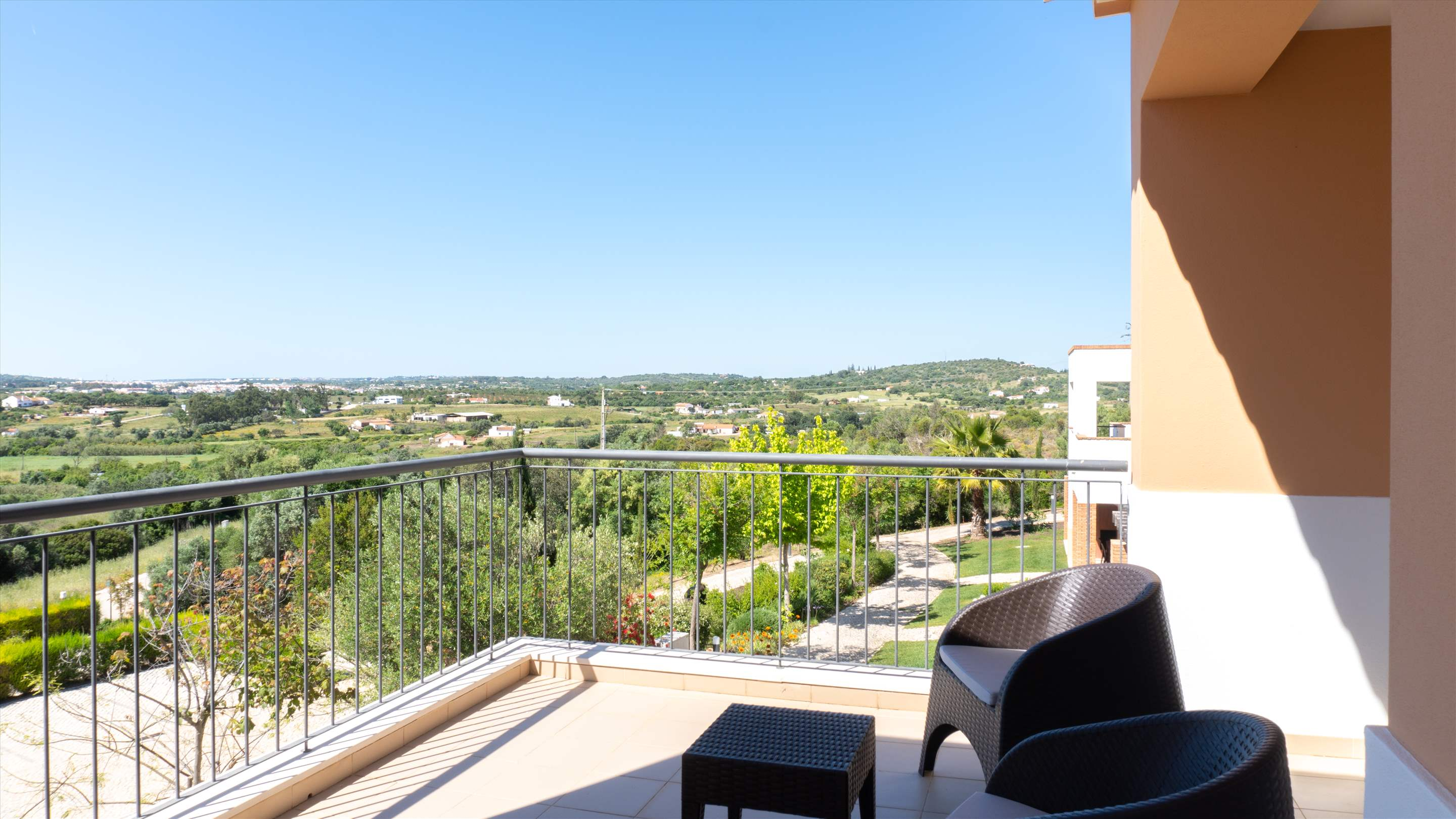 Vale da Ribeira Residences, Three Bedroom Superior Villa, Self Catering Basis, 2 bedroom apartment in Lagos and Praia da Luz, Algarve Photo #10