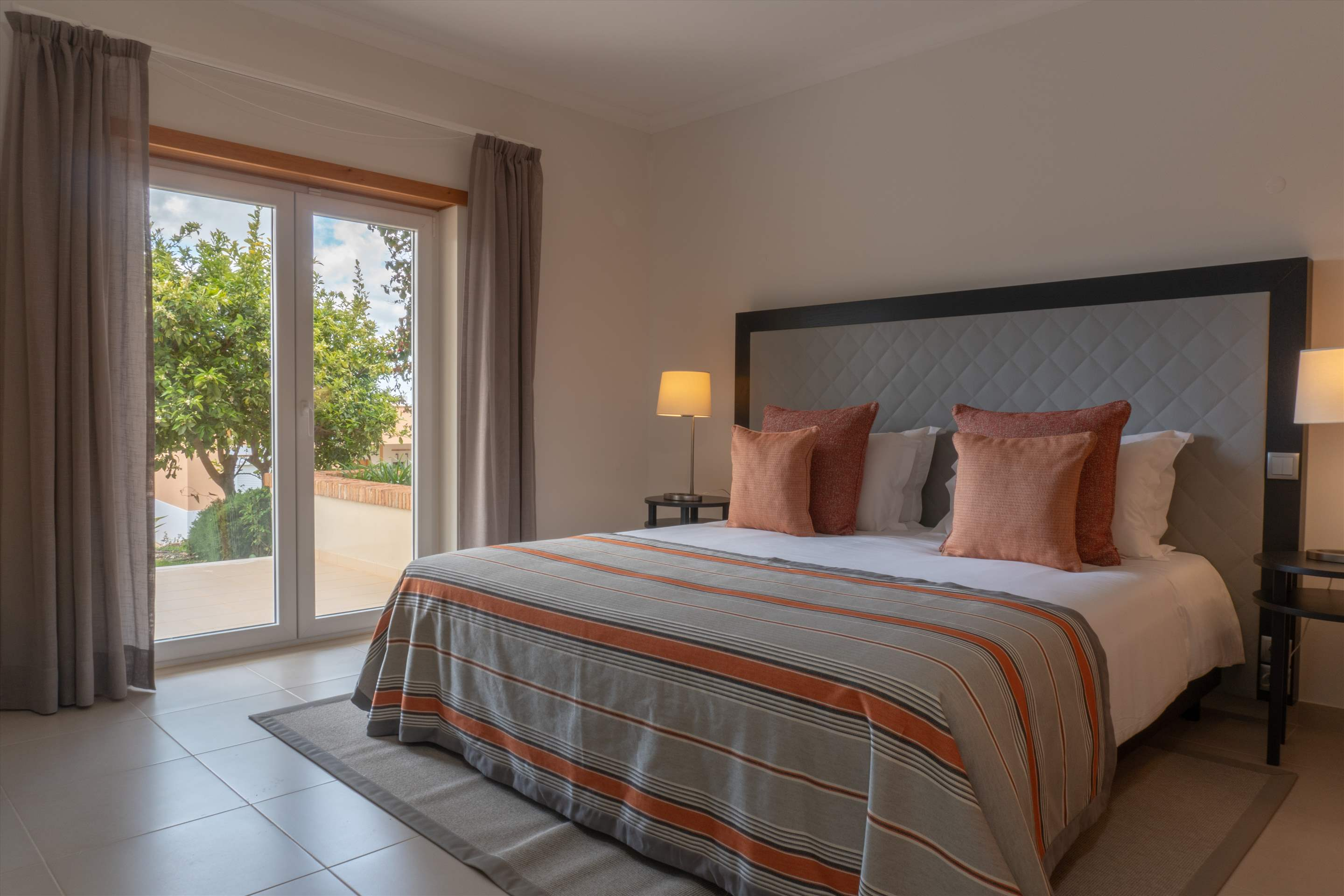 Vale da Ribeira Residences, Three Bedroom Superior Villa, Self Catering Basis, 2 bedroom apartment in Lagos and Praia da Luz, Algarve Photo #16