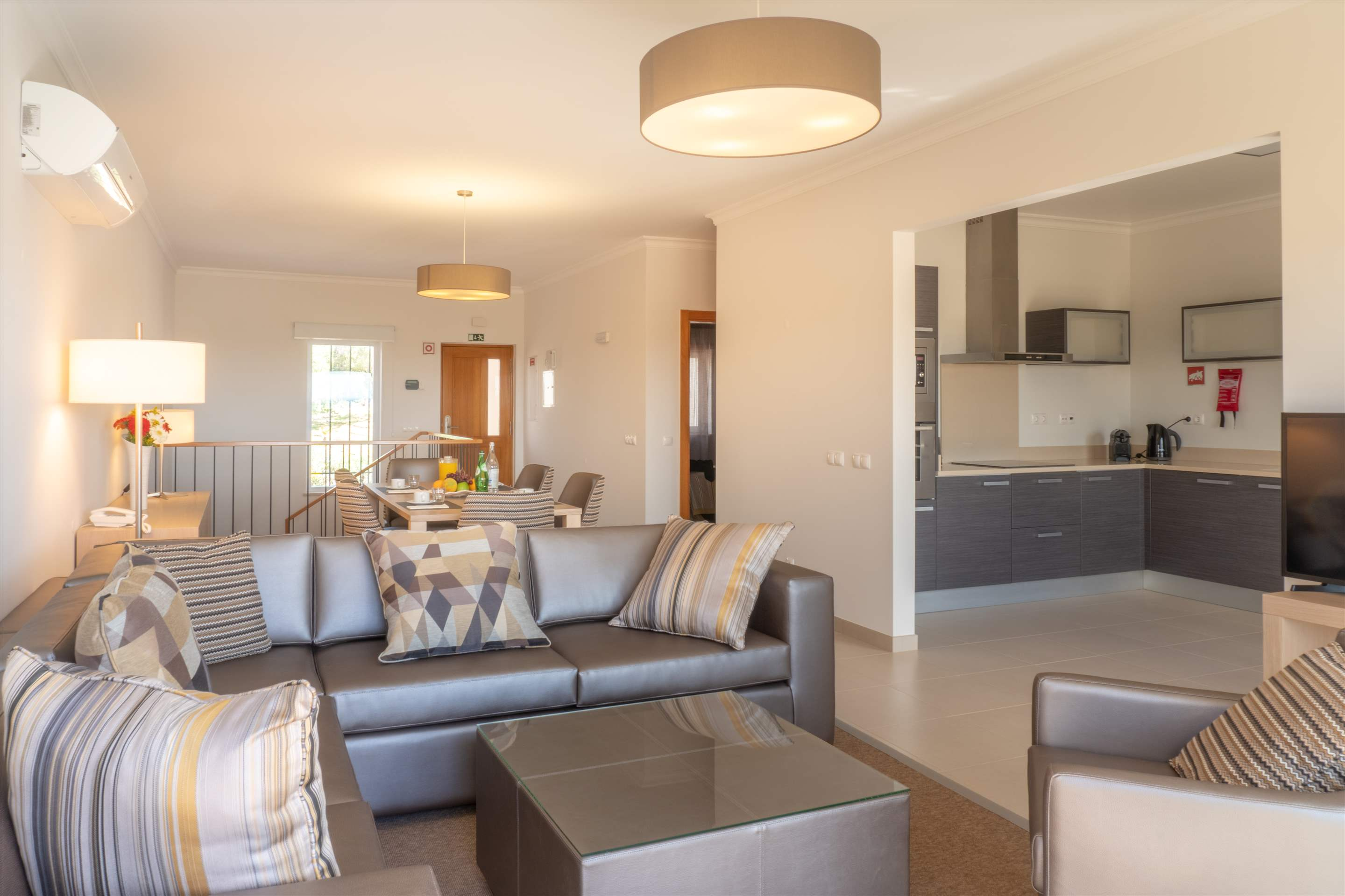 Vale da Ribeira Residences, Three Bedroom Superior Villa, Self Catering Basis, 2 bedroom apartment in Lagos and Praia da Luz, Algarve Photo #4