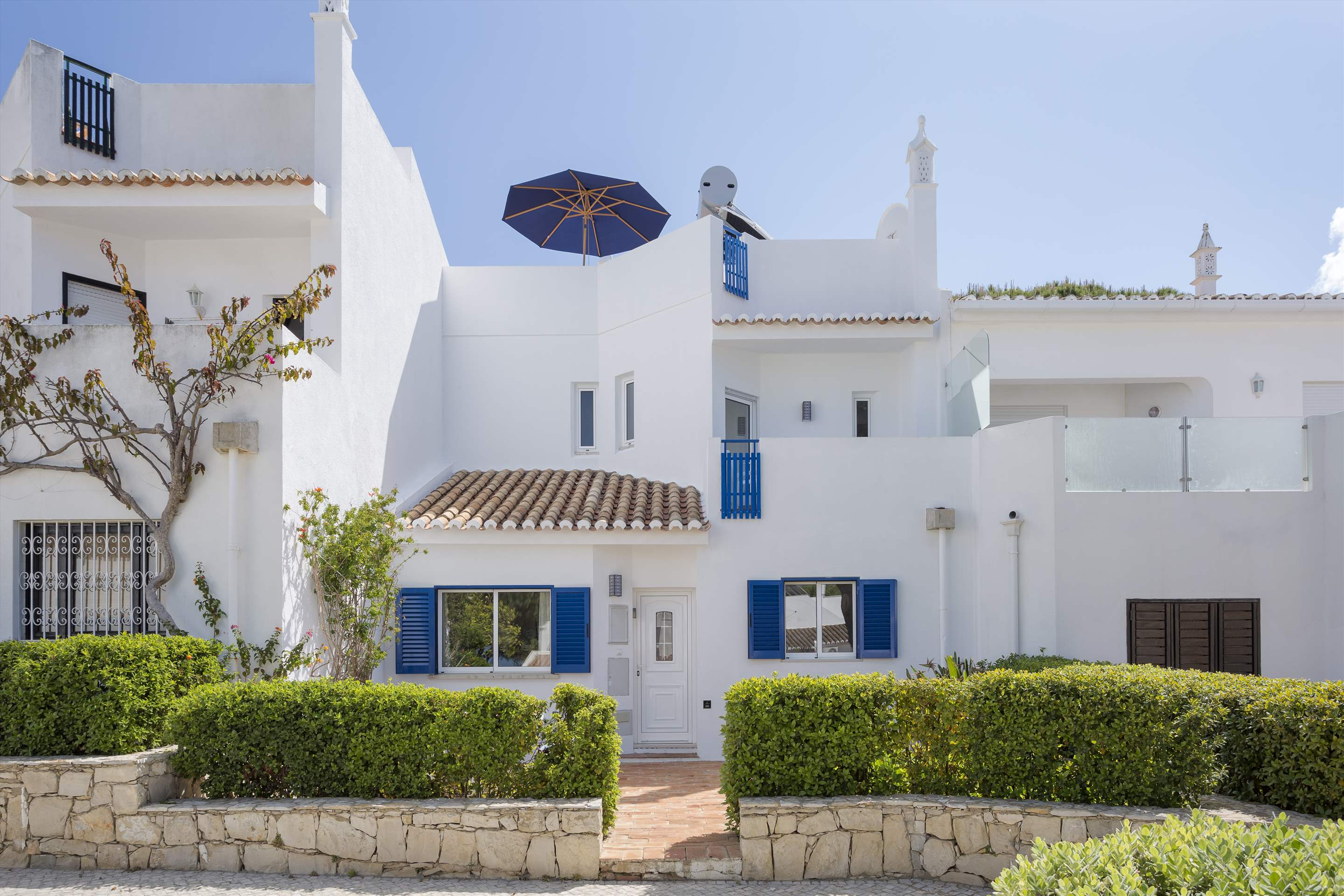 Townhouse Megan, 3 bedroom villa in Vale do Lobo, Algarve