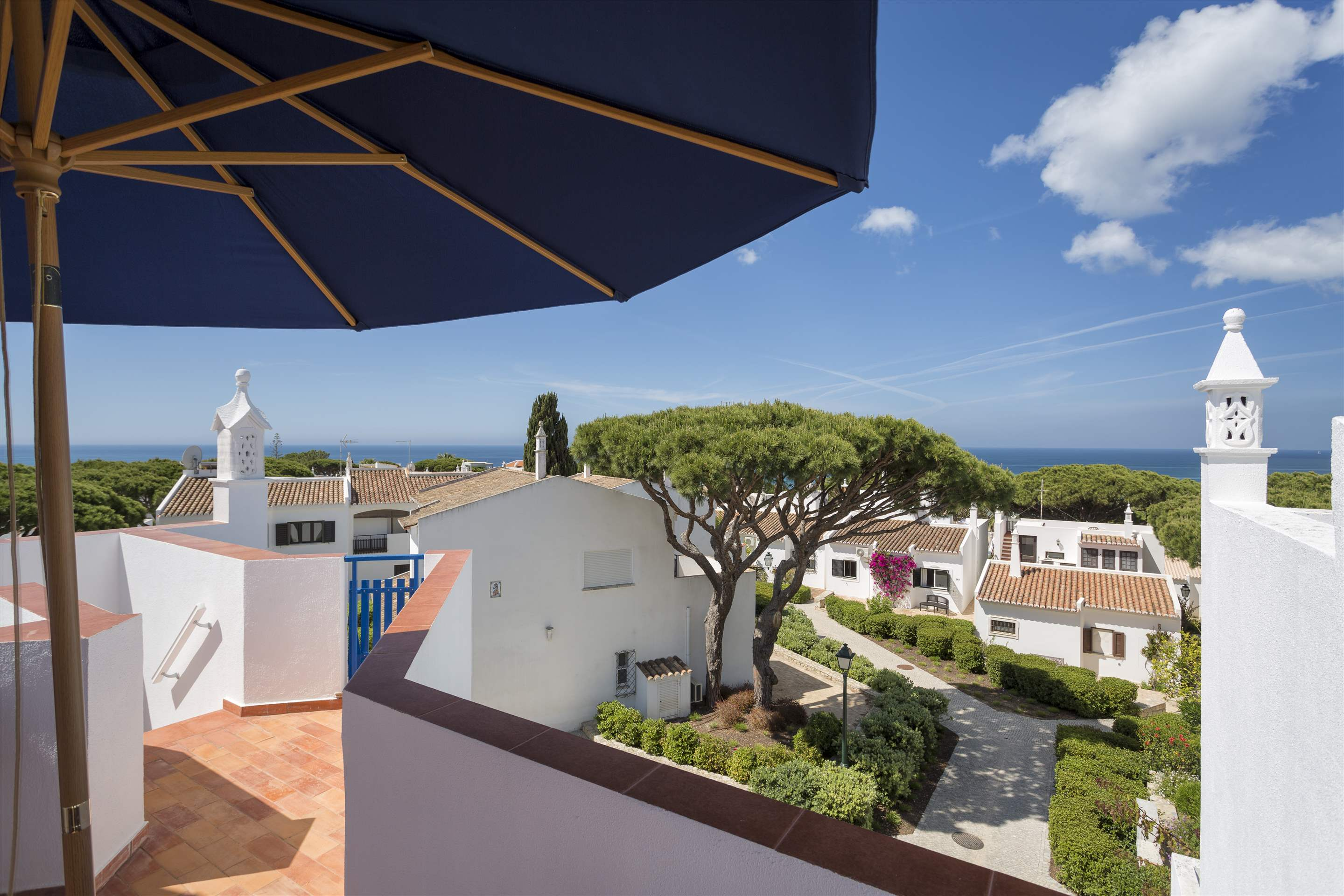 Townhouse Megan, 3 bedroom villa in Vale do Lobo, Algarve Photo #10