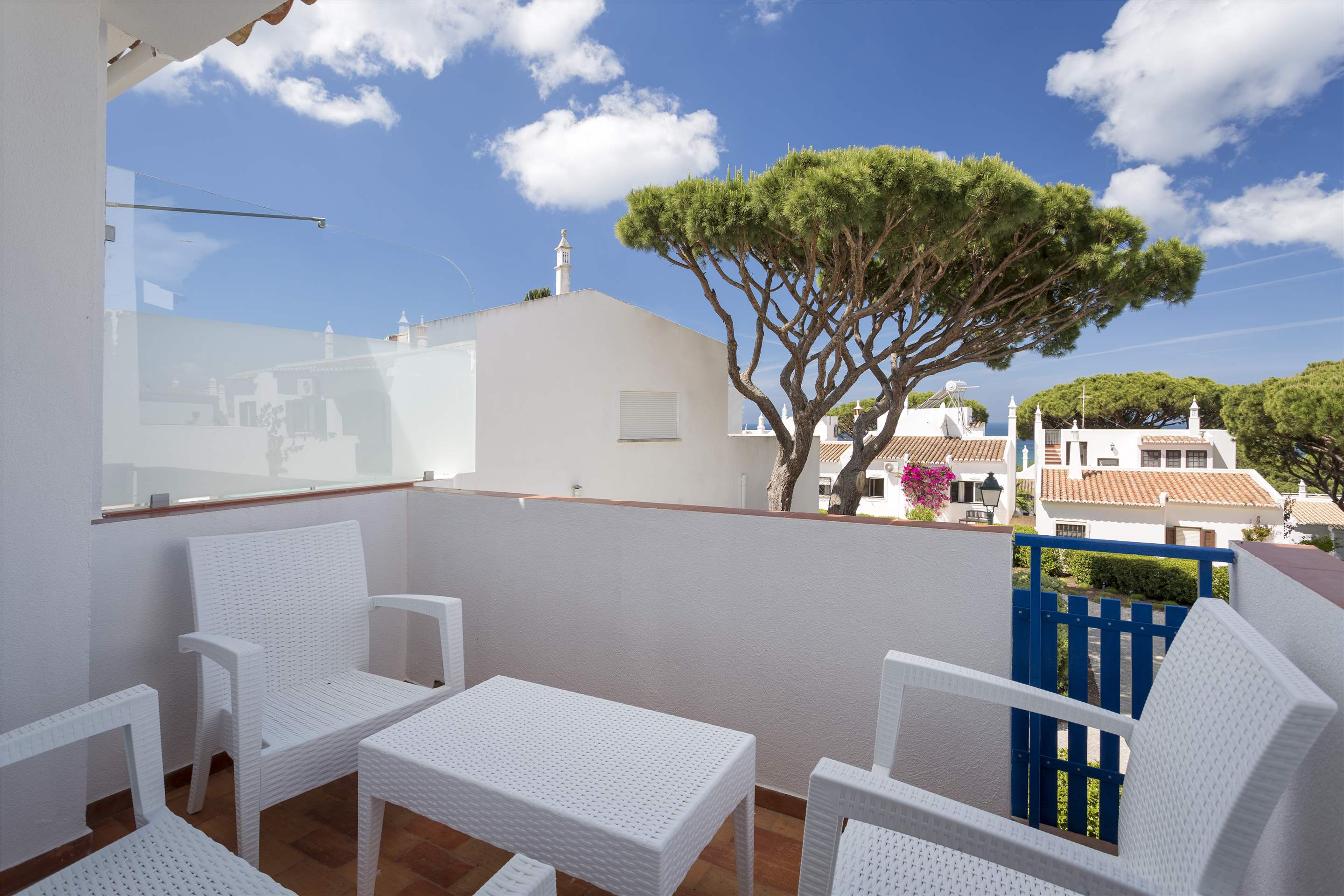 Townhouse Megan, 3 bedroom villa in Vale do Lobo, Algarve Photo #3