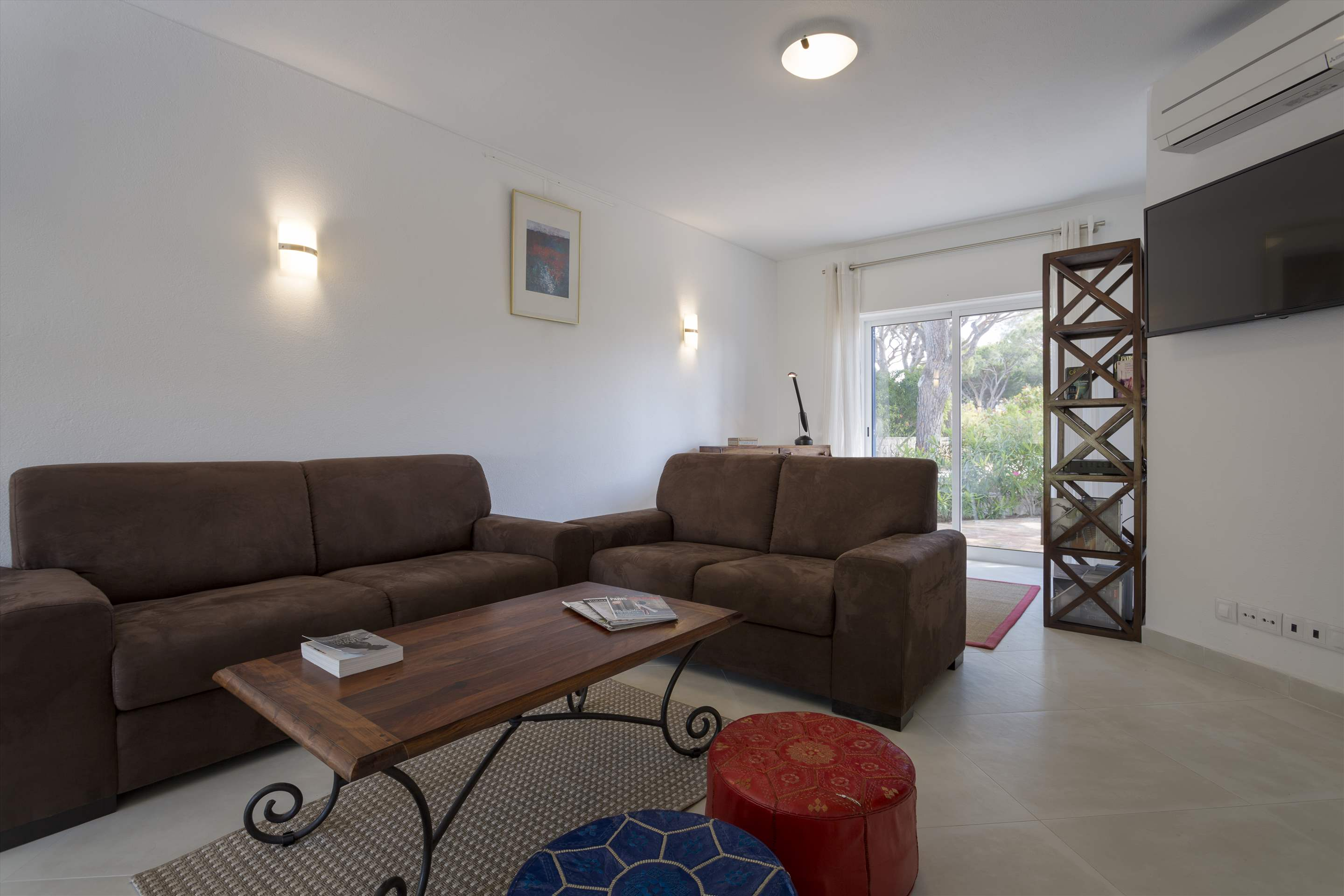 Townhouse Megan, 3 bedroom villa in Vale do Lobo, Algarve Photo #4
