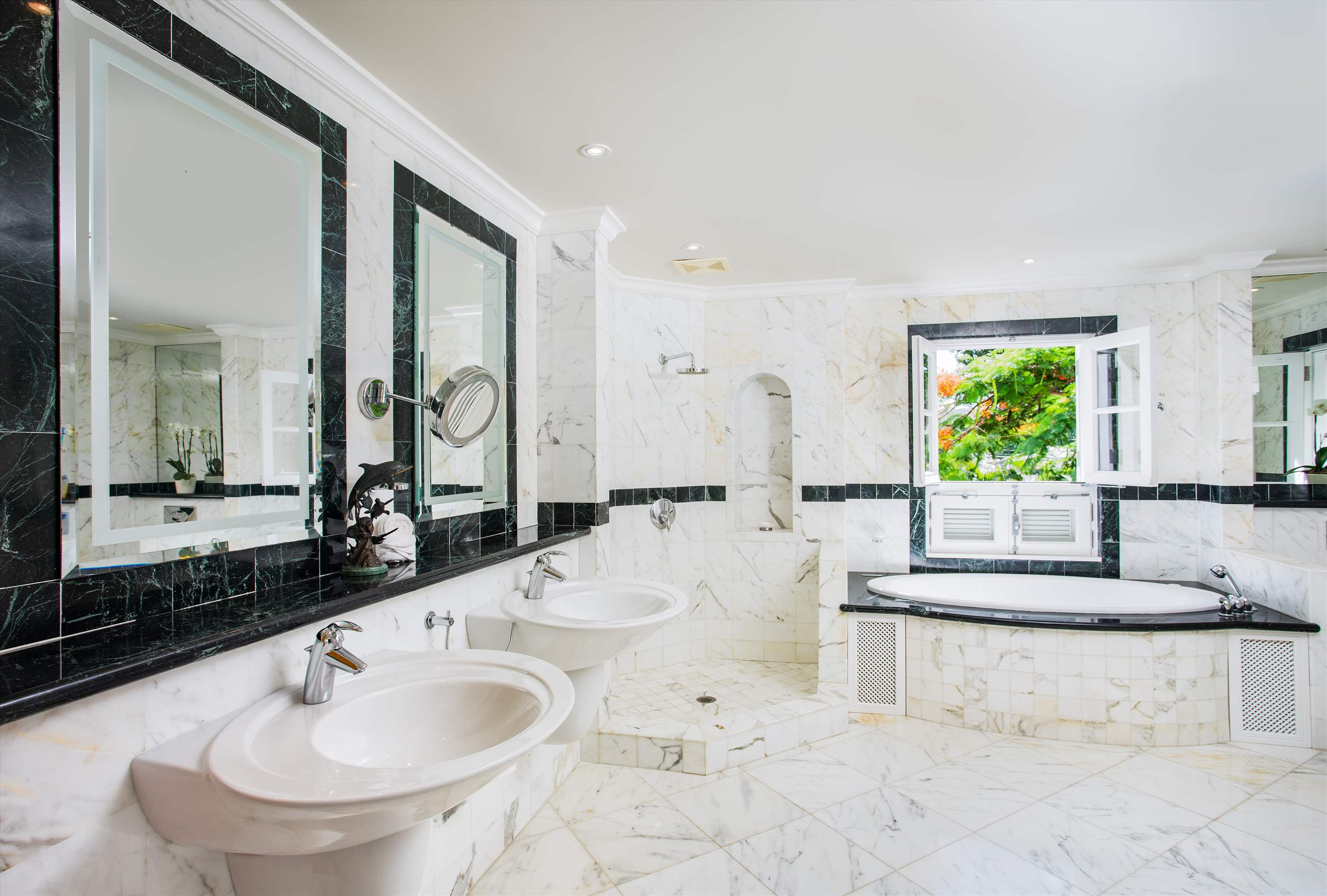 Schooner Bay 205, Two Bedroom rate, 2 bedroom apartment in St. James & West Coast, Barbados Photo #10