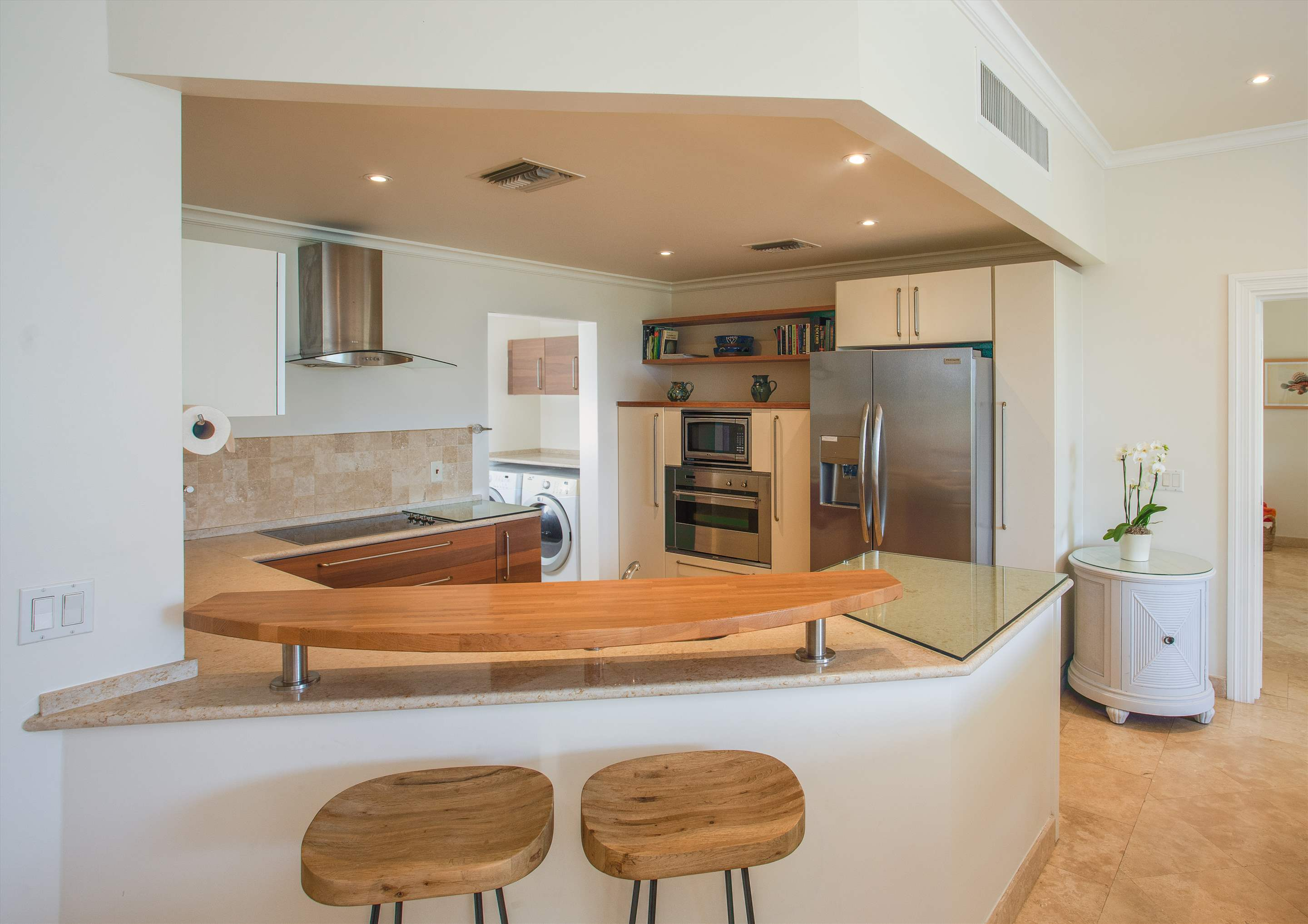 Schooner Bay 205, Two Bedroom rate, 2 bedroom apartment in St. James & West Coast, Barbados Photo #4