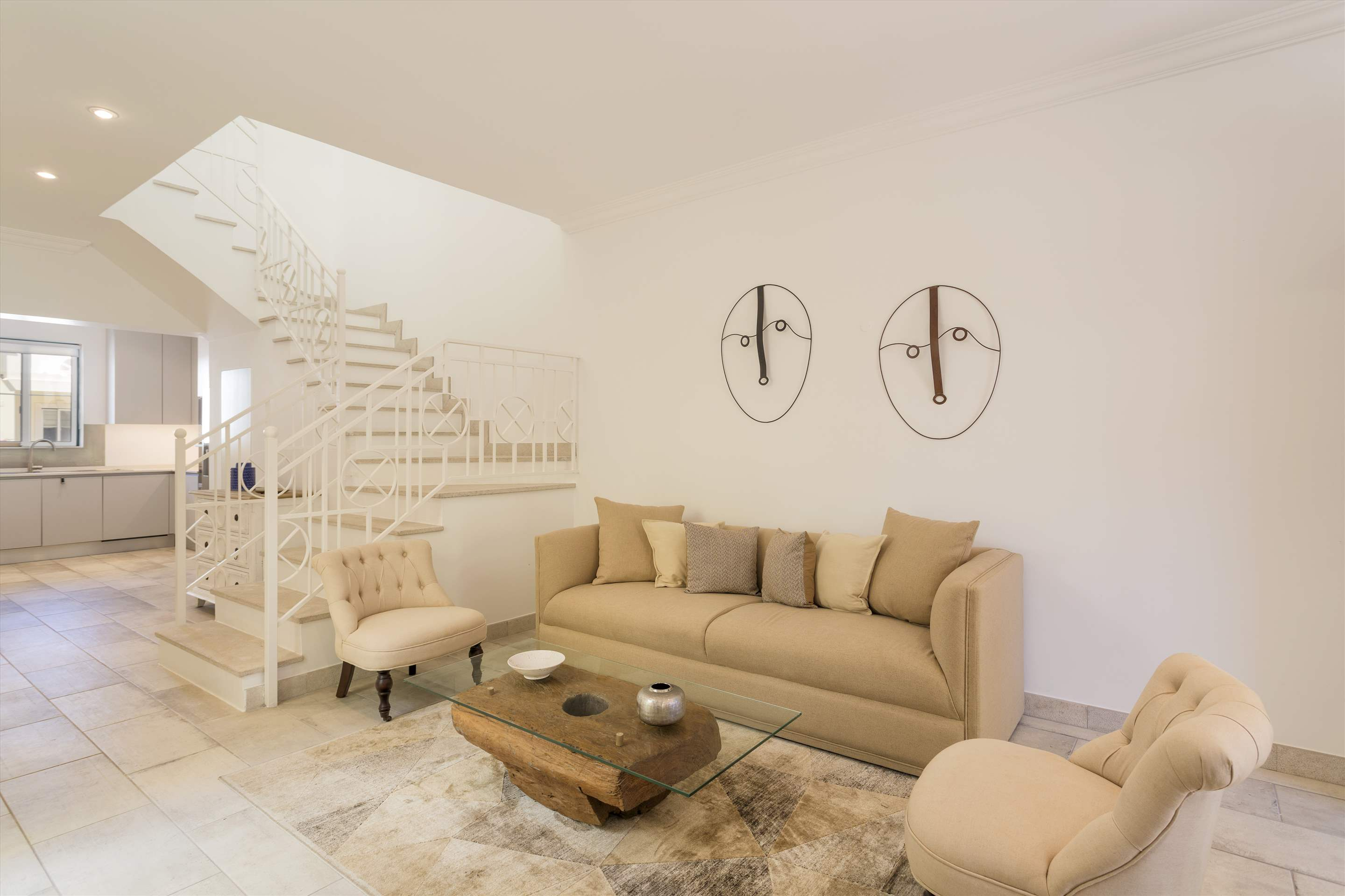 Townhouse Jessica, 3 bedroom villa in Quinta do Lago, Algarve Photo #8