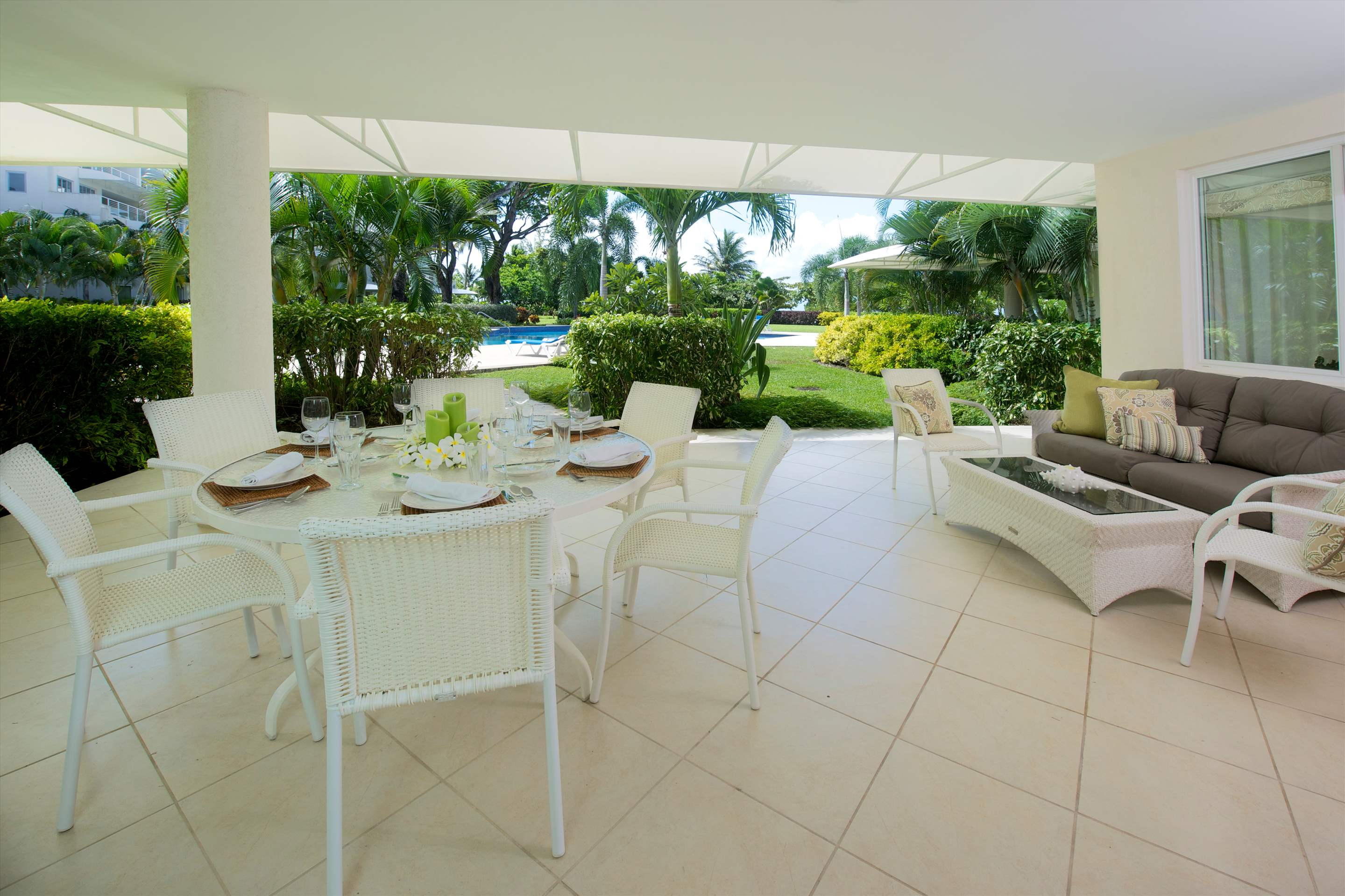 Palm Beach 110, 3 bedroom apartment in St. Lawrence Gap & South Coast, Barbados