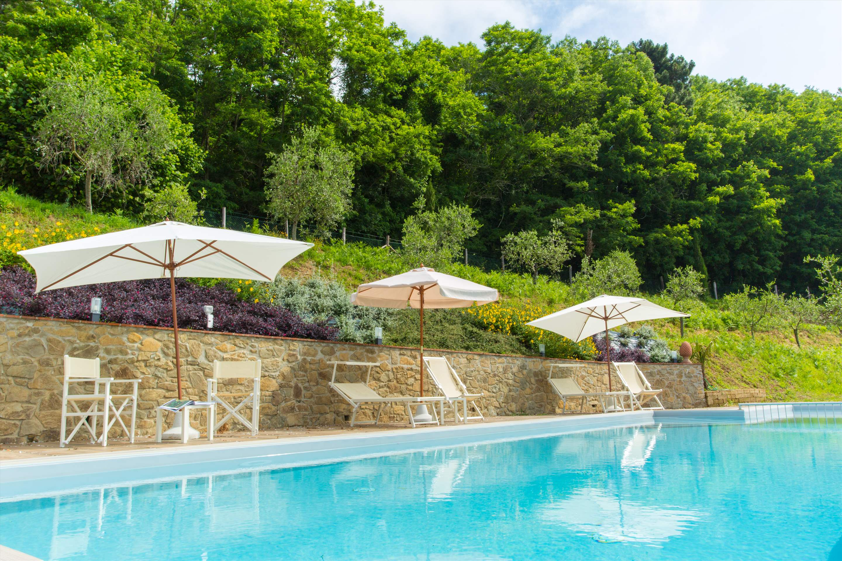 Villa Panorama, 3 bedroom villa in North Tuscany - Pisa & Lucca Area, Tuscany Photo #11