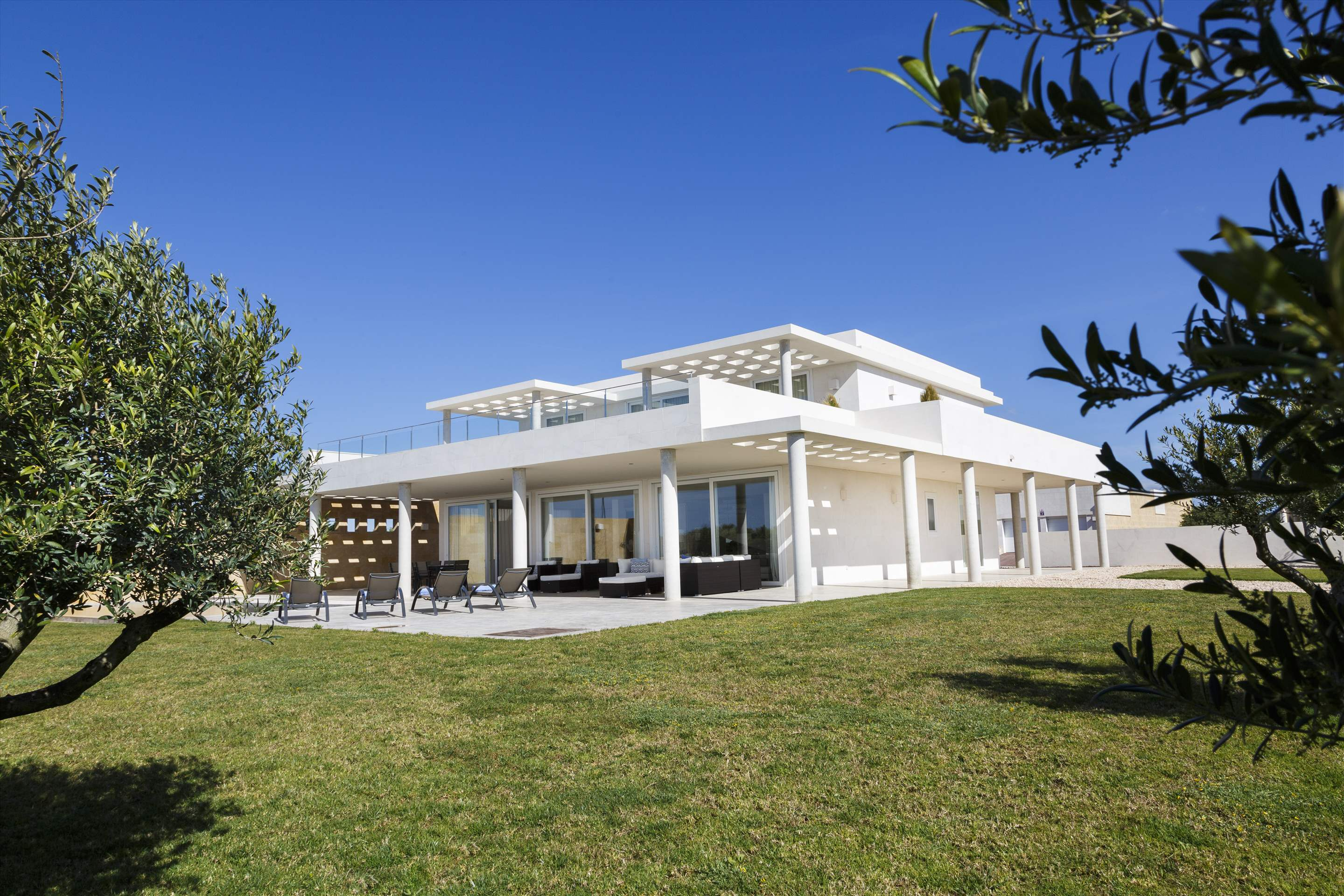 Binibeca Hills , 6 bedroom , 6 bedroom villa in Mahon, San Luis & South East, Menorca