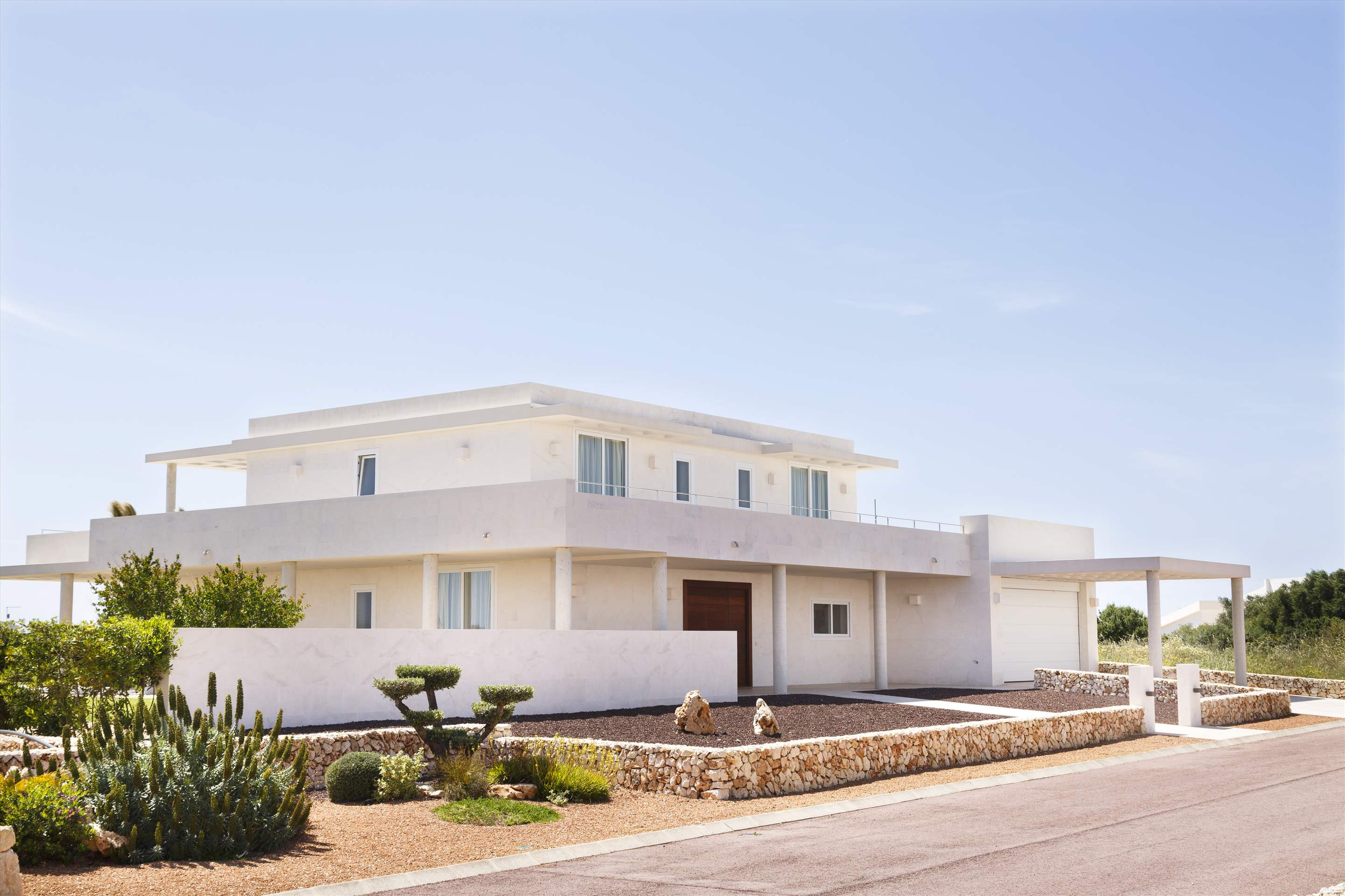 Binibeca Hills , 6 bedroom , 6 bedroom villa in Mahon, San Luis & South East, Menorca Photo #10