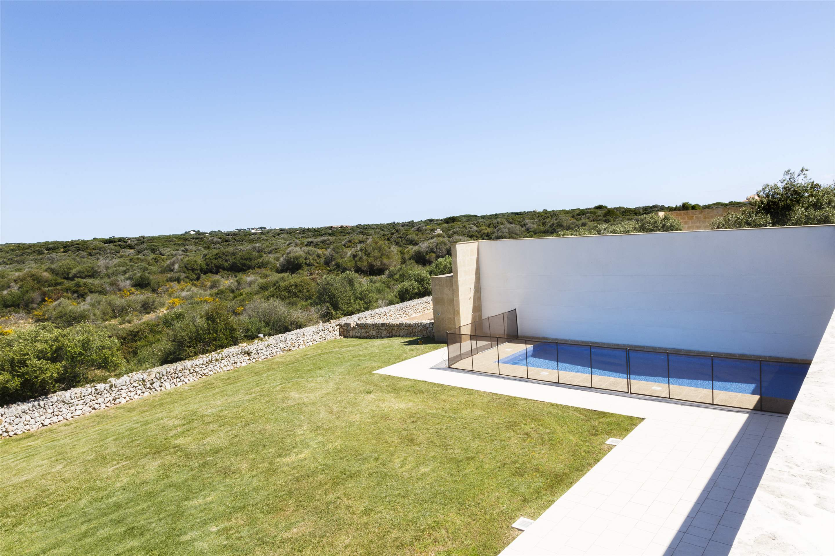 Binibeca Hills , 6 bedroom , 6 bedroom villa in Mahon, San Luis & South East, Menorca Photo #15
