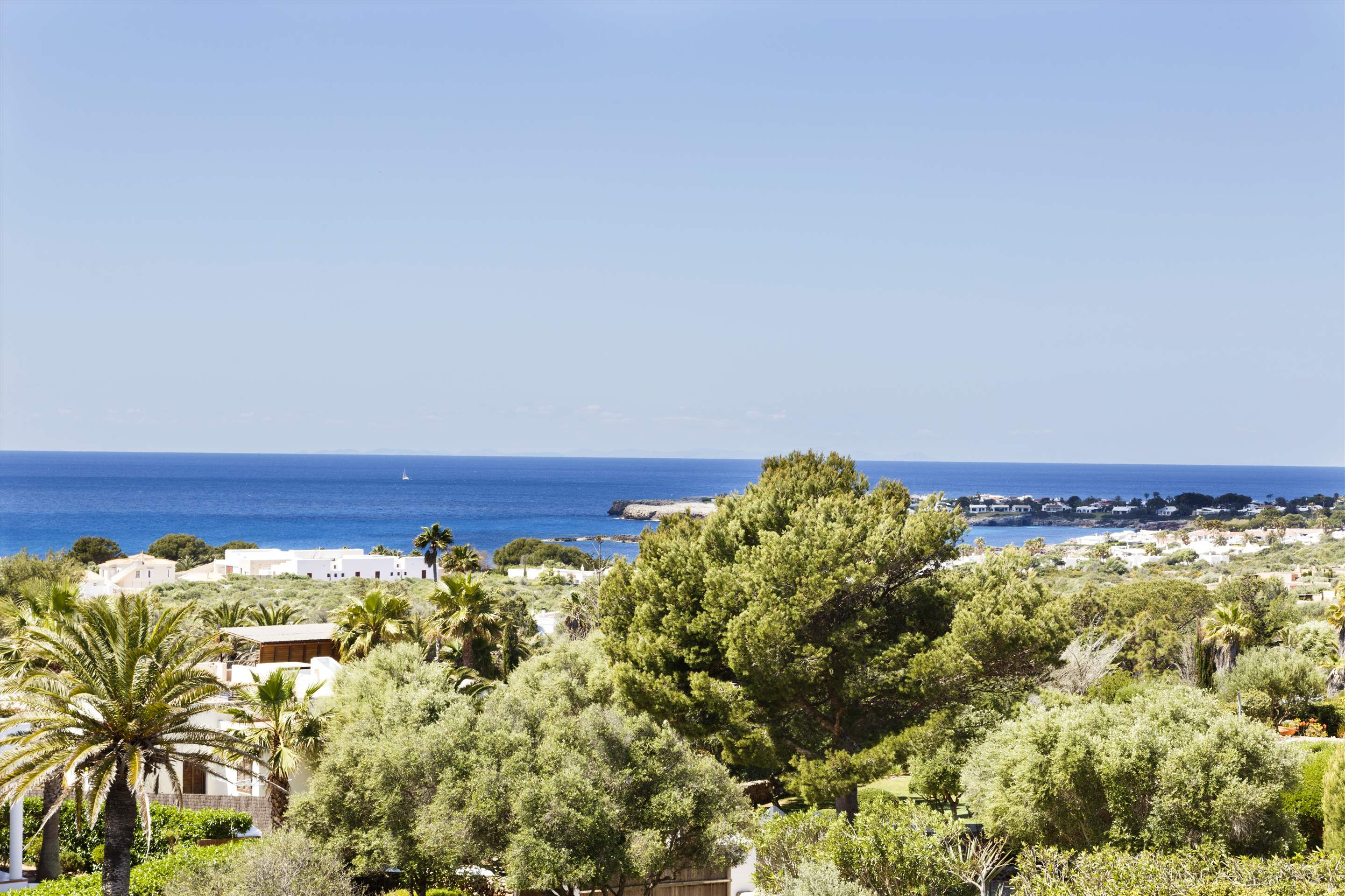 Binibeca Hills , 6 bedroom , 6 bedroom villa in Mahon, San Luis & South East, Menorca Photo #27