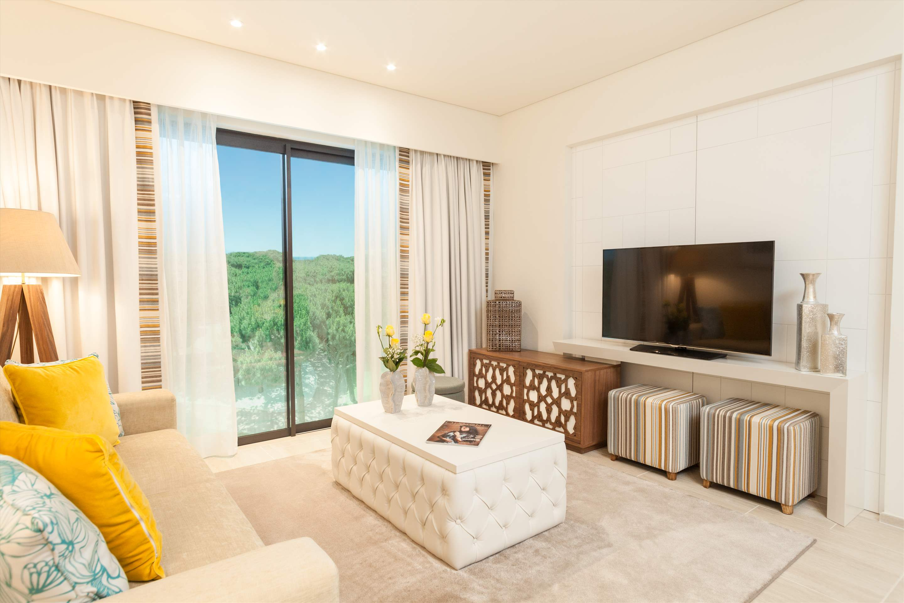 Pine Cliffs Gardens, Two Bedroom Suite, S/C Basis, 2 bedroom apartment in Pine Cliffs Resort, Algarve Photo #3