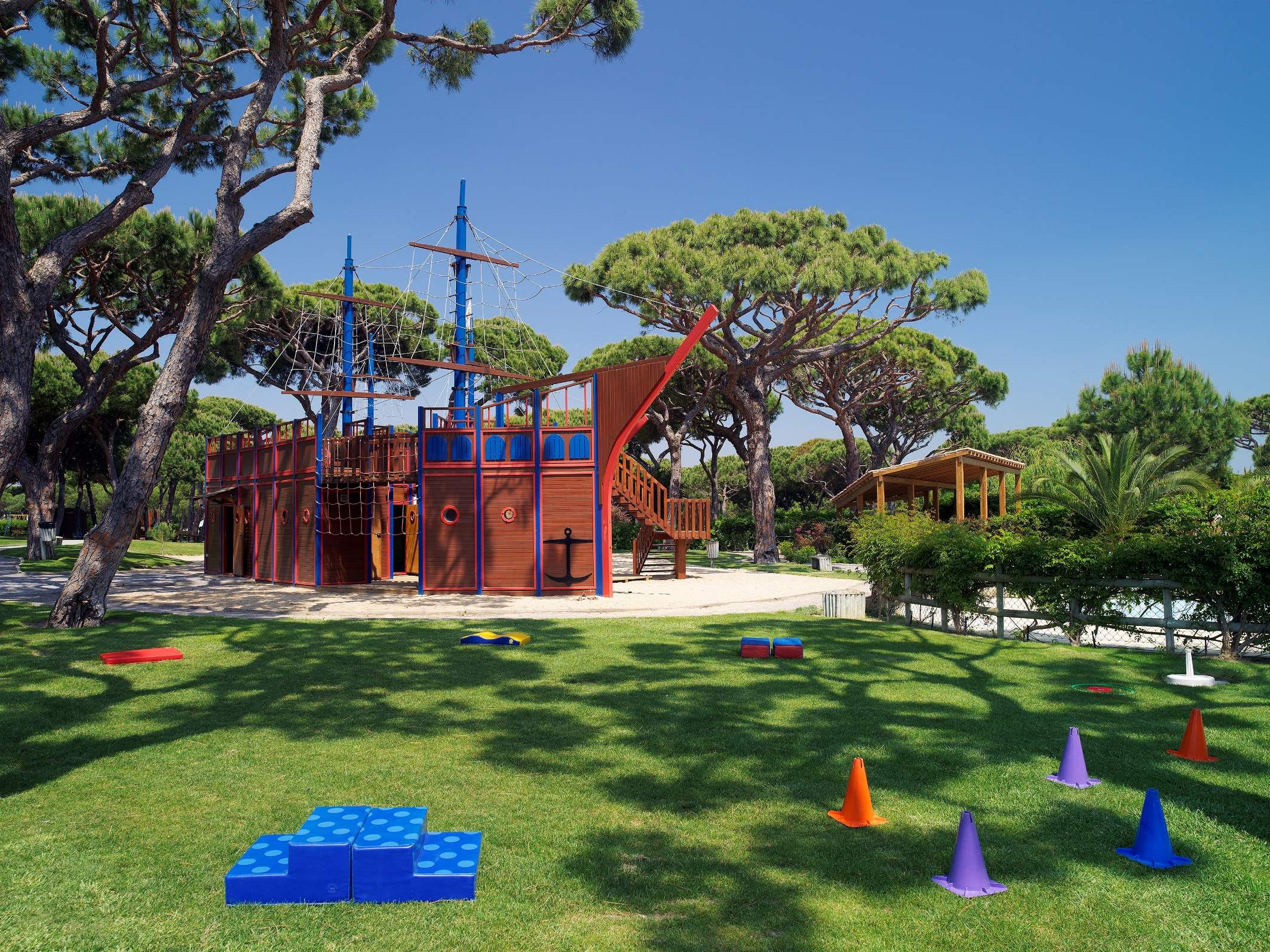 Pine Cliffs Gardens, Two Bedroom Suite, S/C Basis, 2 bedroom apartment in Pine Cliffs Resort, Algarve Photo #41