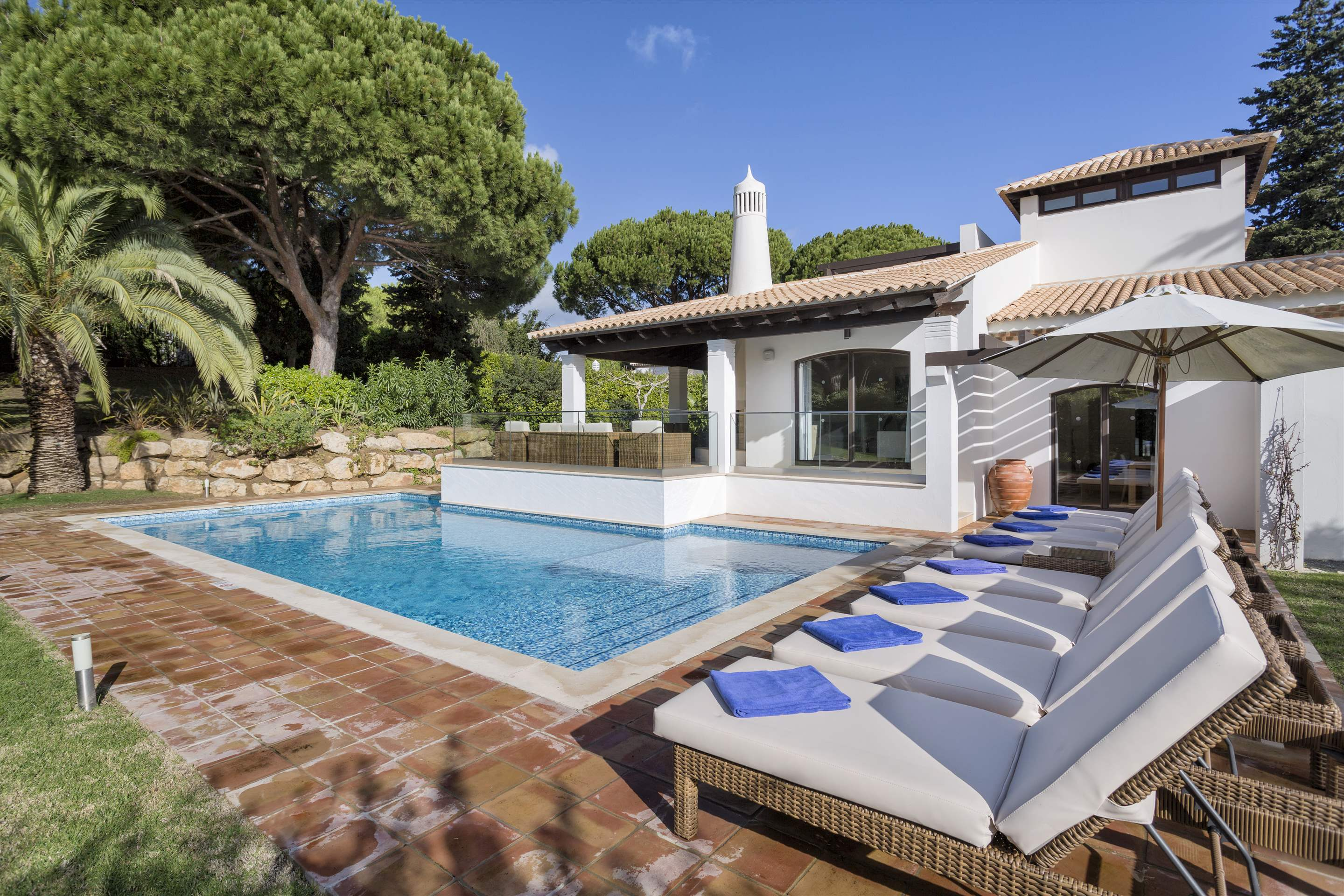 Pine Cliffs Villa Falesia, 4 bedroom rate, main house, 4 bedroom villa in Pine Cliffs Resort, Algarve