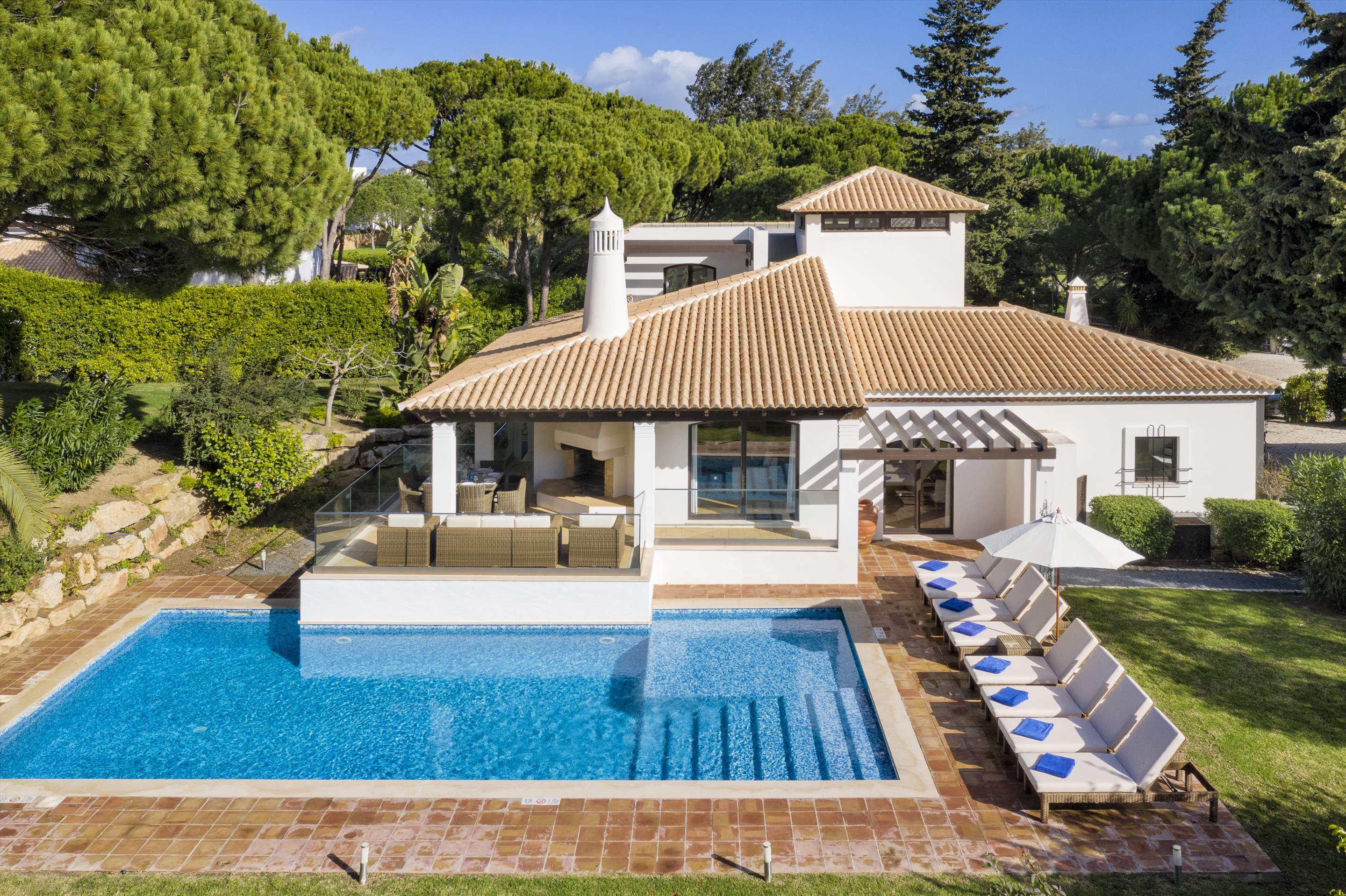 Pine Cliffs Villa Falesia, 4 bedroom rate, main house, 4 bedroom villa in Pine Cliffs Resort, Algarve Photo #11