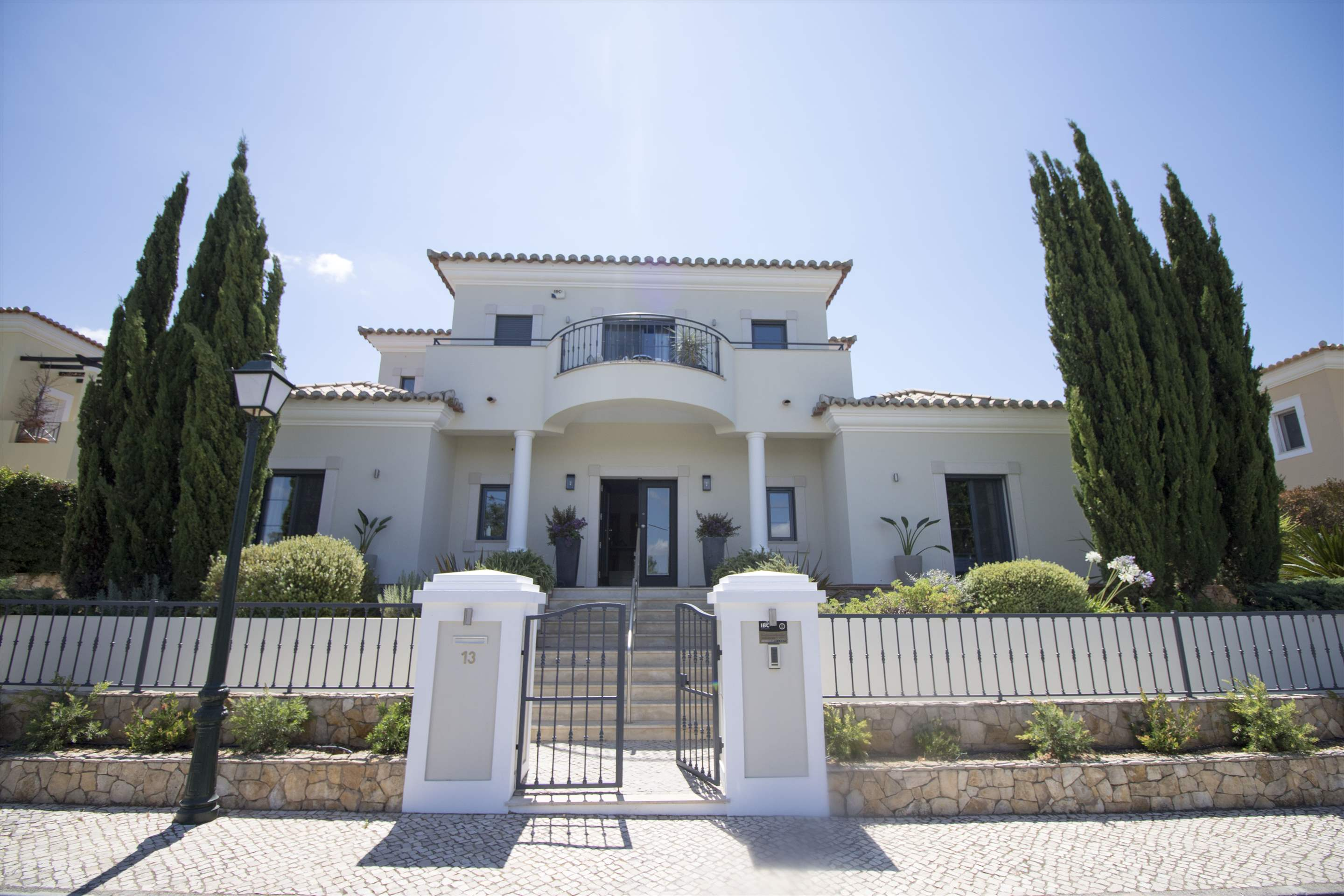 Villa Meryl, 5 bedroom villa in Vale do Lobo, Algarve Photo #12