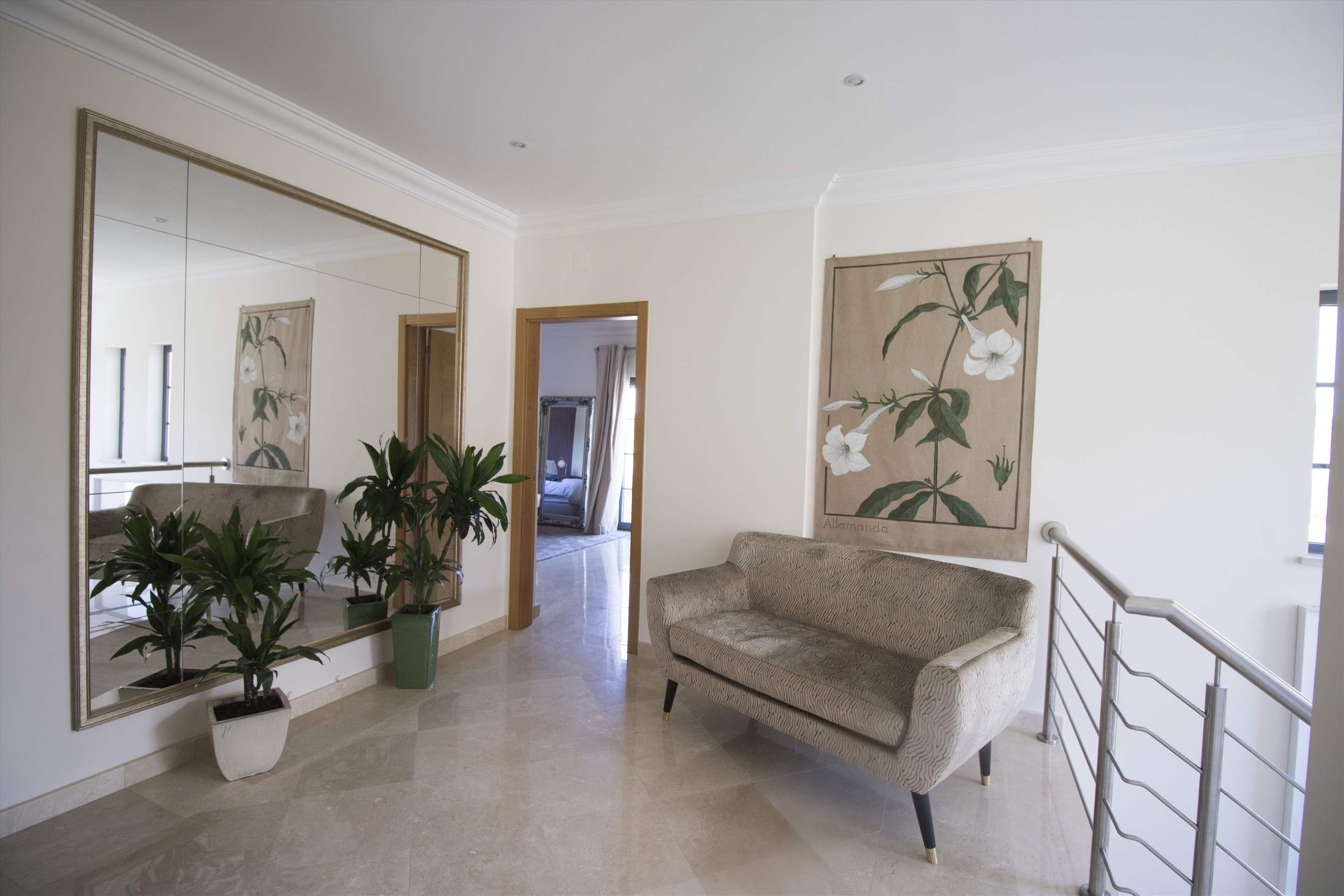 Villa Meryl, 5 bedroom villa in Vale do Lobo, Algarve Photo #18