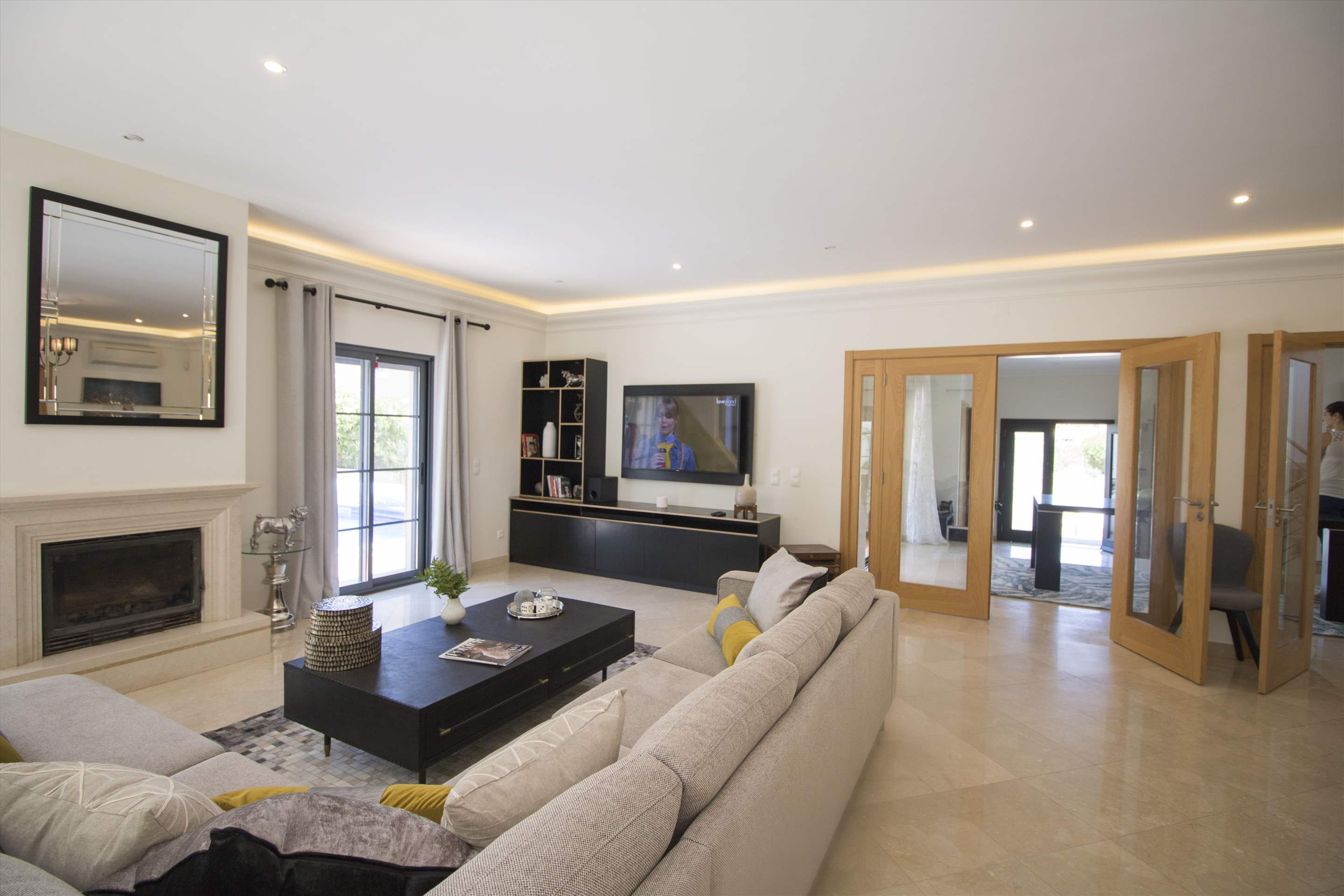 Villa Meryl, 5 bedroom villa in Vale do Lobo, Algarve Photo #5