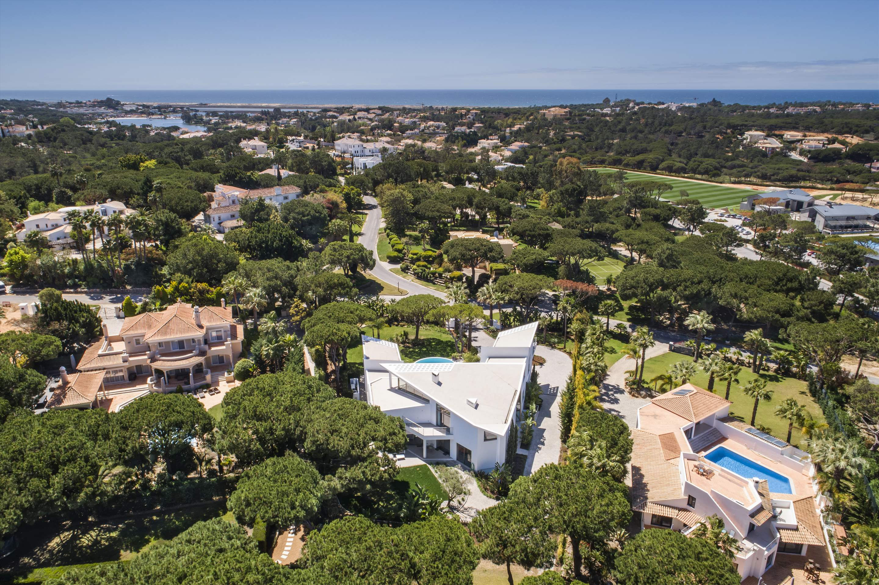 Villa Palm, 6 bedroom villa in Quinta do Lago, Algarve Photo #25