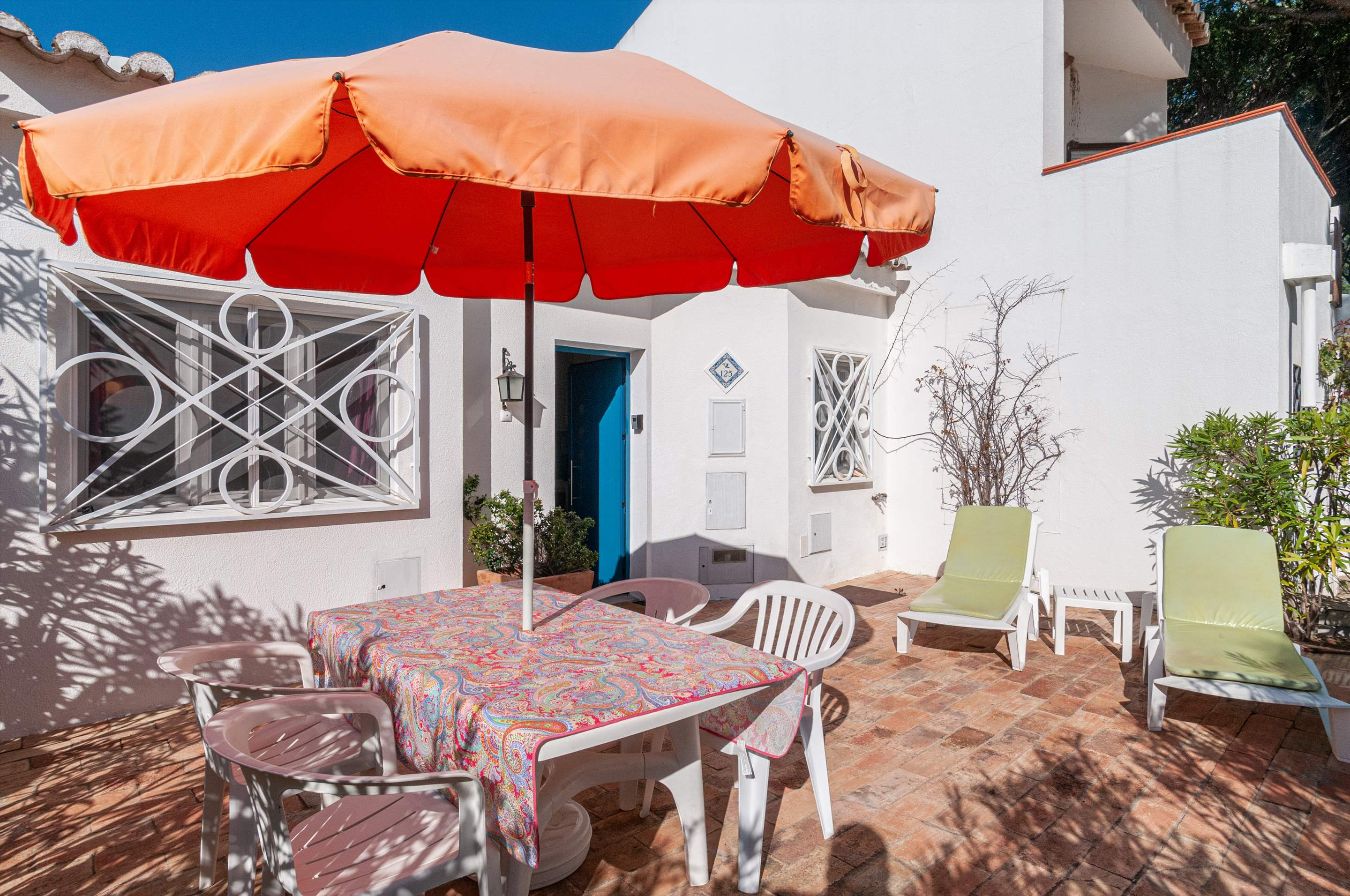 Villa Townhouse 2 Bedroom, 2 bedroom villa in Vale do Lobo, Algarve Photo #2