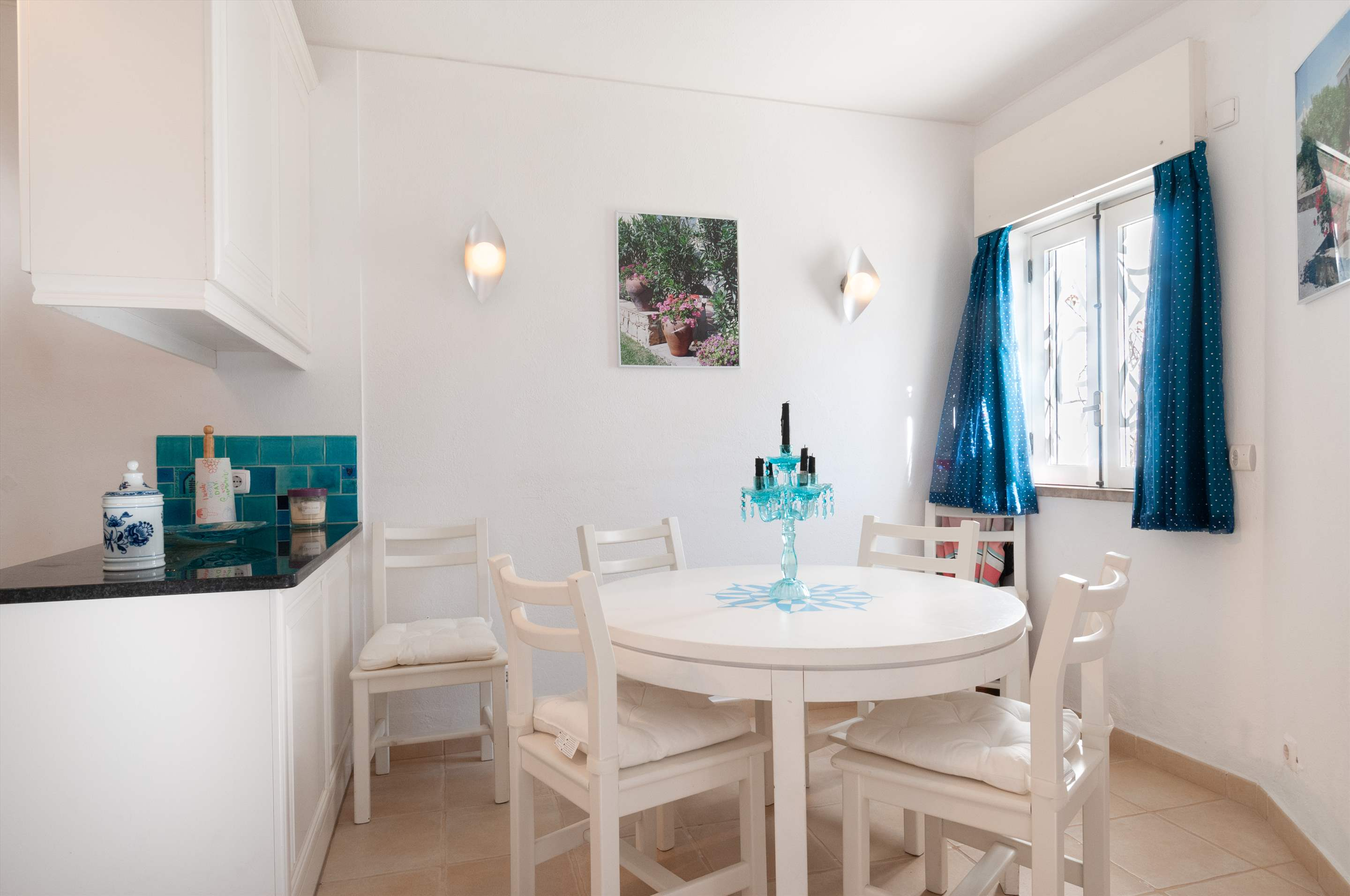 Villa Townhouse 2 Bedroom, 2 bedroom villa in Vale do Lobo, Algarve Photo #6