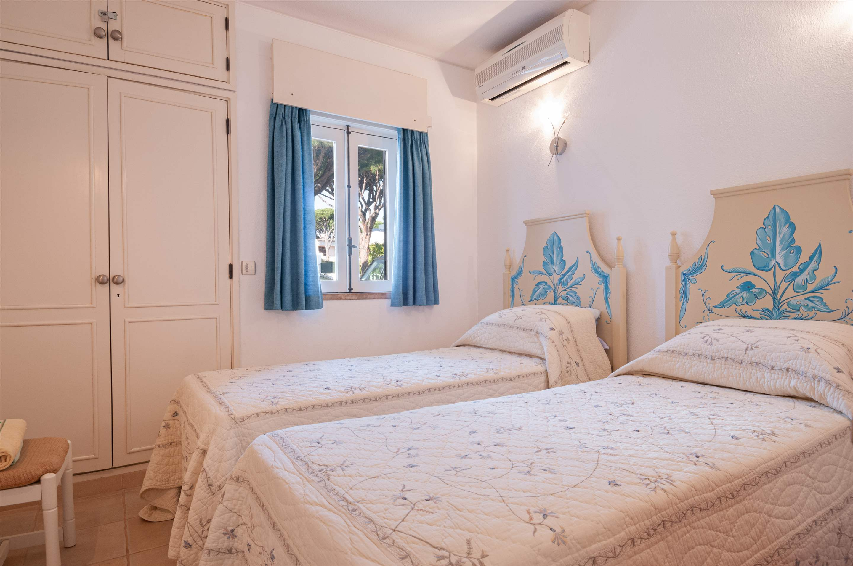 Villa Townhouse 2 Bedroom, 2 bedroom villa in Vale do Lobo, Algarve Photo #7