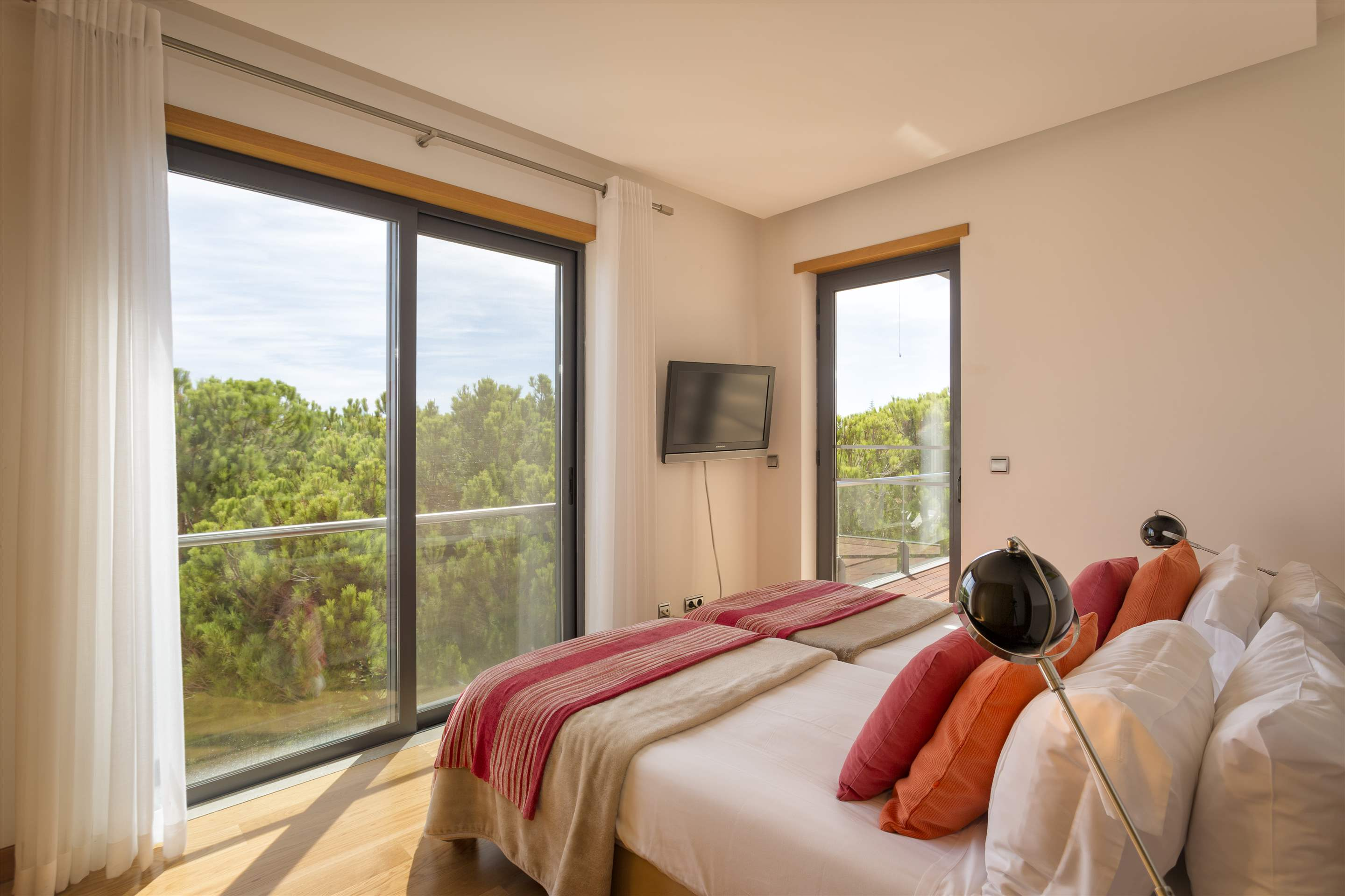 Apartment Rosie, 2 bedroom apartment in Vale do Lobo, Algarve Photo #15