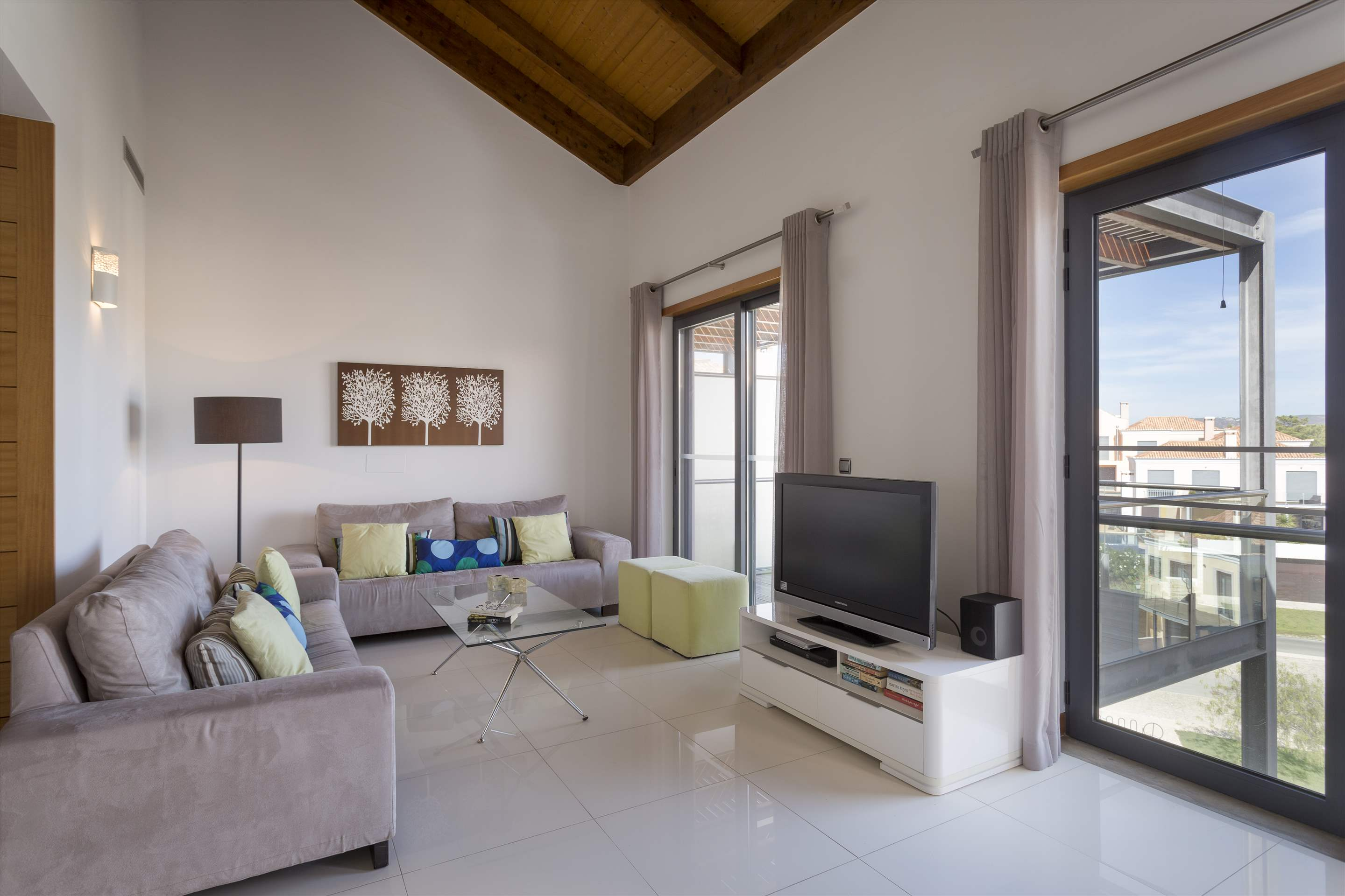 Apartment Rosie, 2 bedroom apartment in Vale do Lobo, Algarve Photo #4
