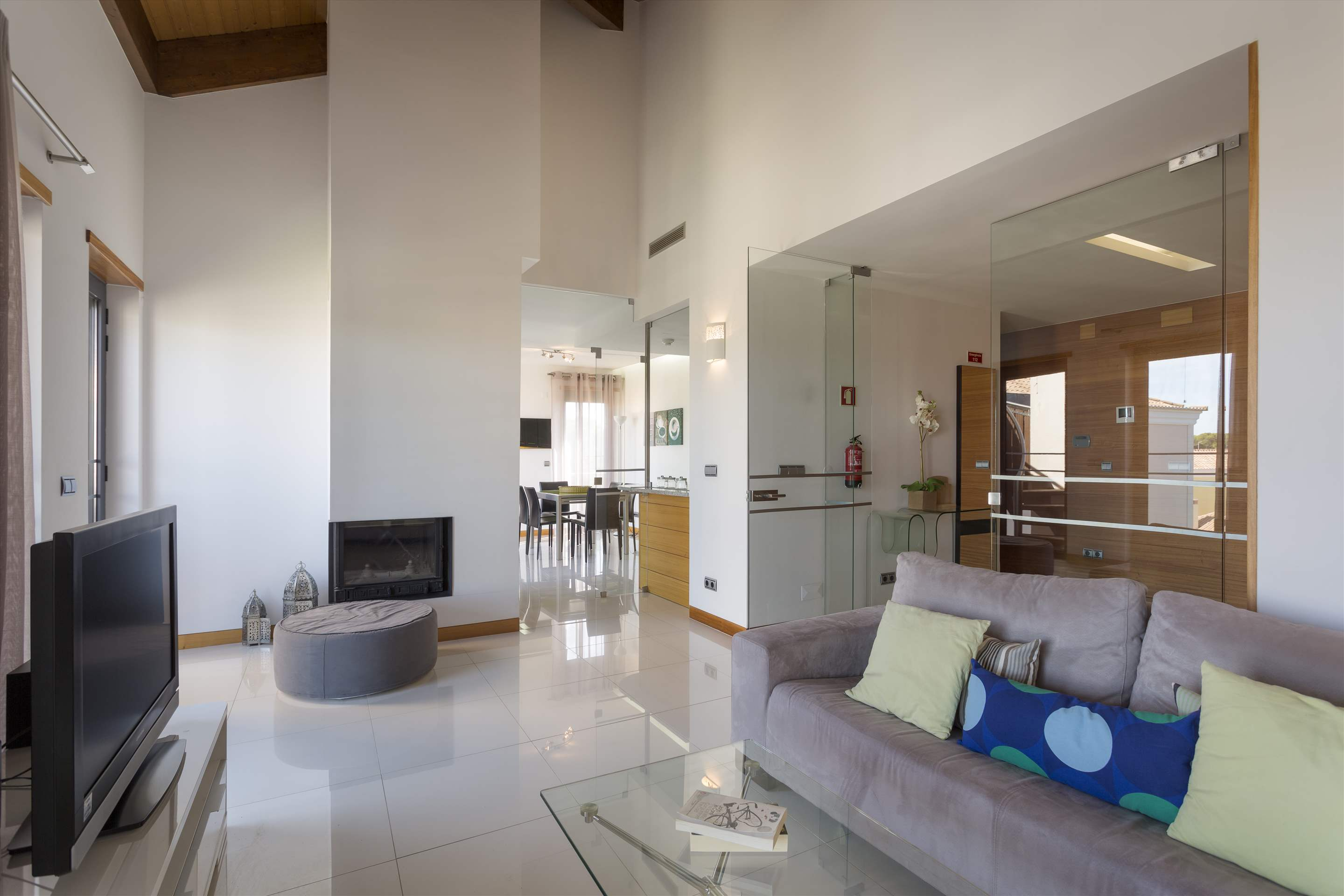 Apartment Rosie, 2 bedroom apartment in Vale do Lobo, Algarve Photo #5