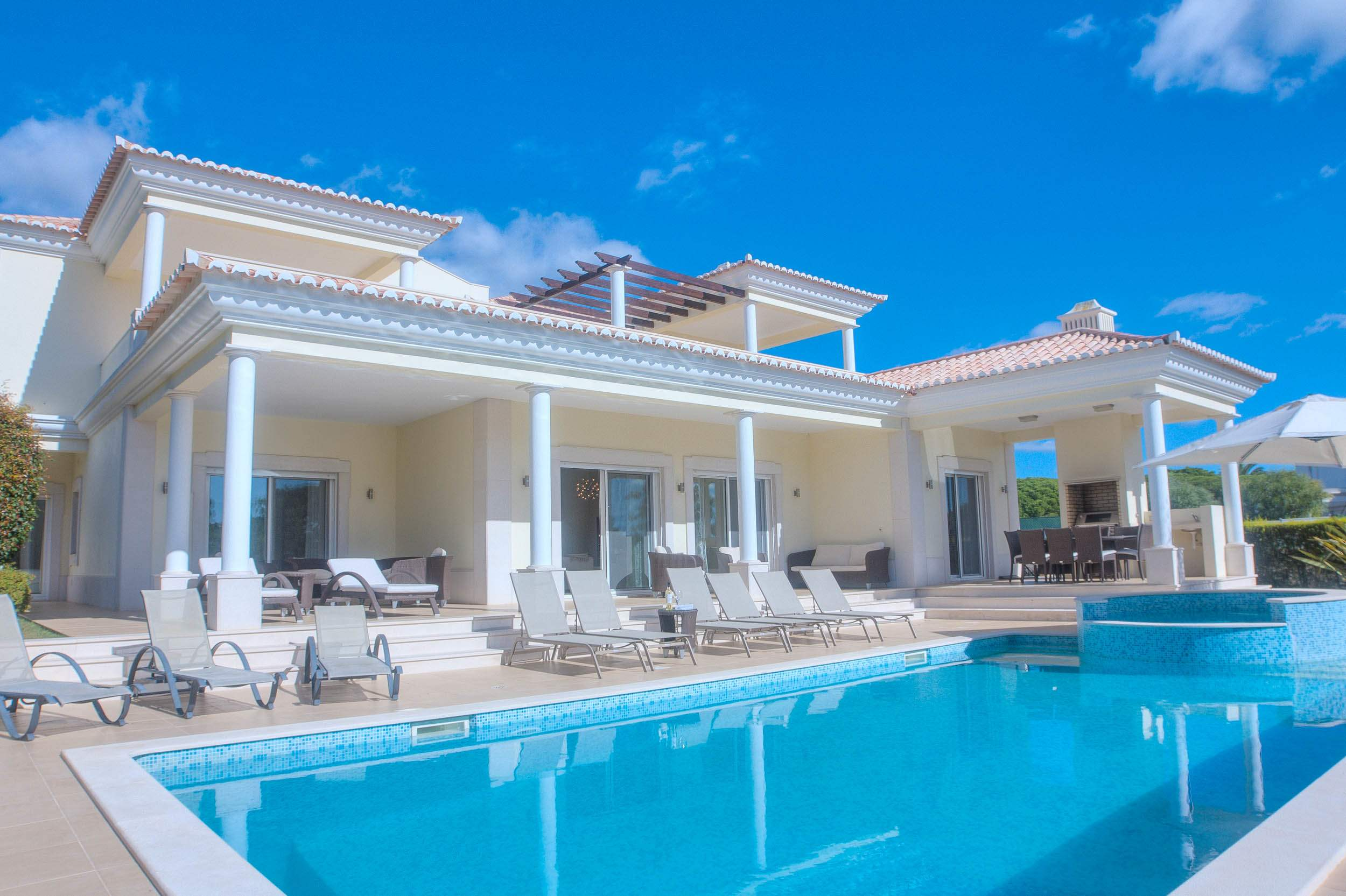 Villa Vida Doce, 6 bedroom villa in Vilamoura Area, Algarve Photo #1