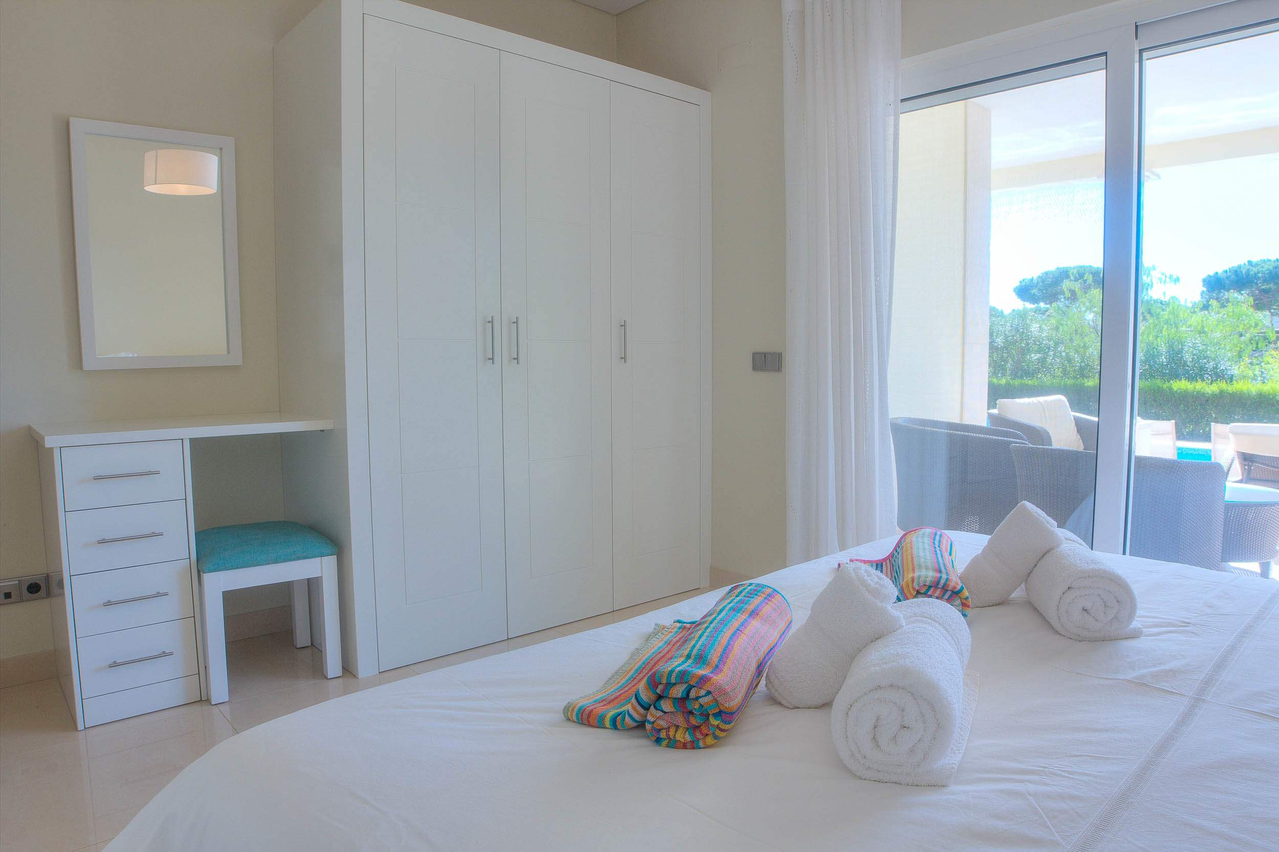 Villa Vida Doce, 6 bedroom villa in Vilamoura Area, Algarve Photo #16