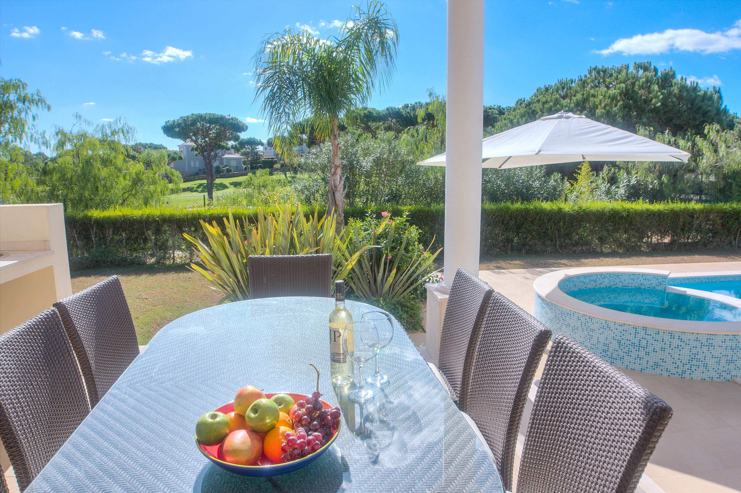 Villa Vida Doce, 6 bedroom villa in Vilamoura Area, Algarve Photo #2