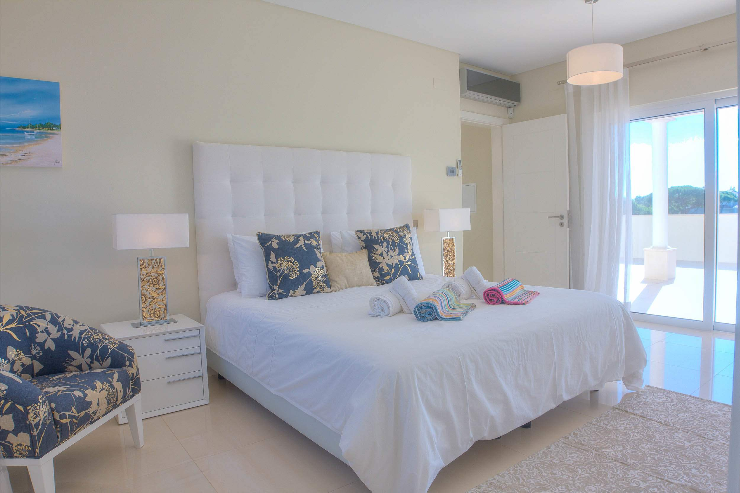 Villa Vida Doce, 6 bedroom villa in Vilamoura Area, Algarve Photo #23