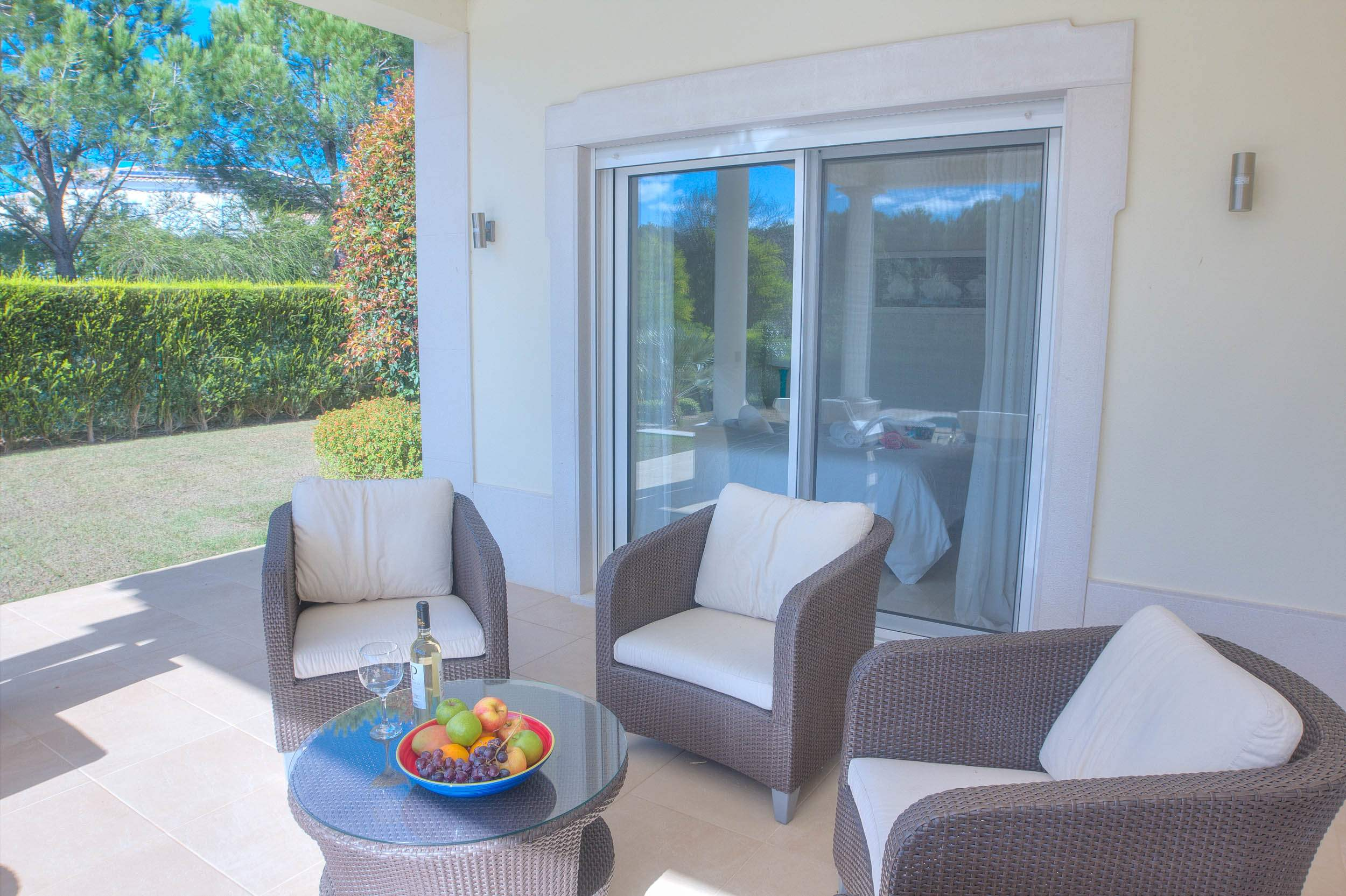 Villa Vida Doce, 6 bedroom villa in Vilamoura Area, Algarve Photo #3