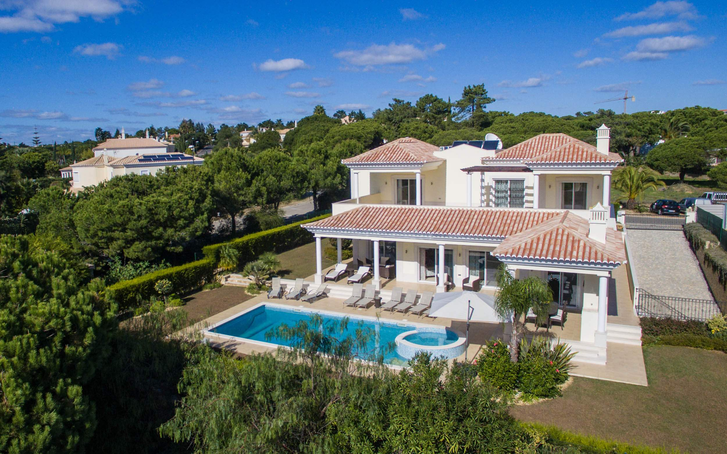 Villa Vida Doce, 6 bedroom villa in Vilamoura Area, Algarve Photo #9