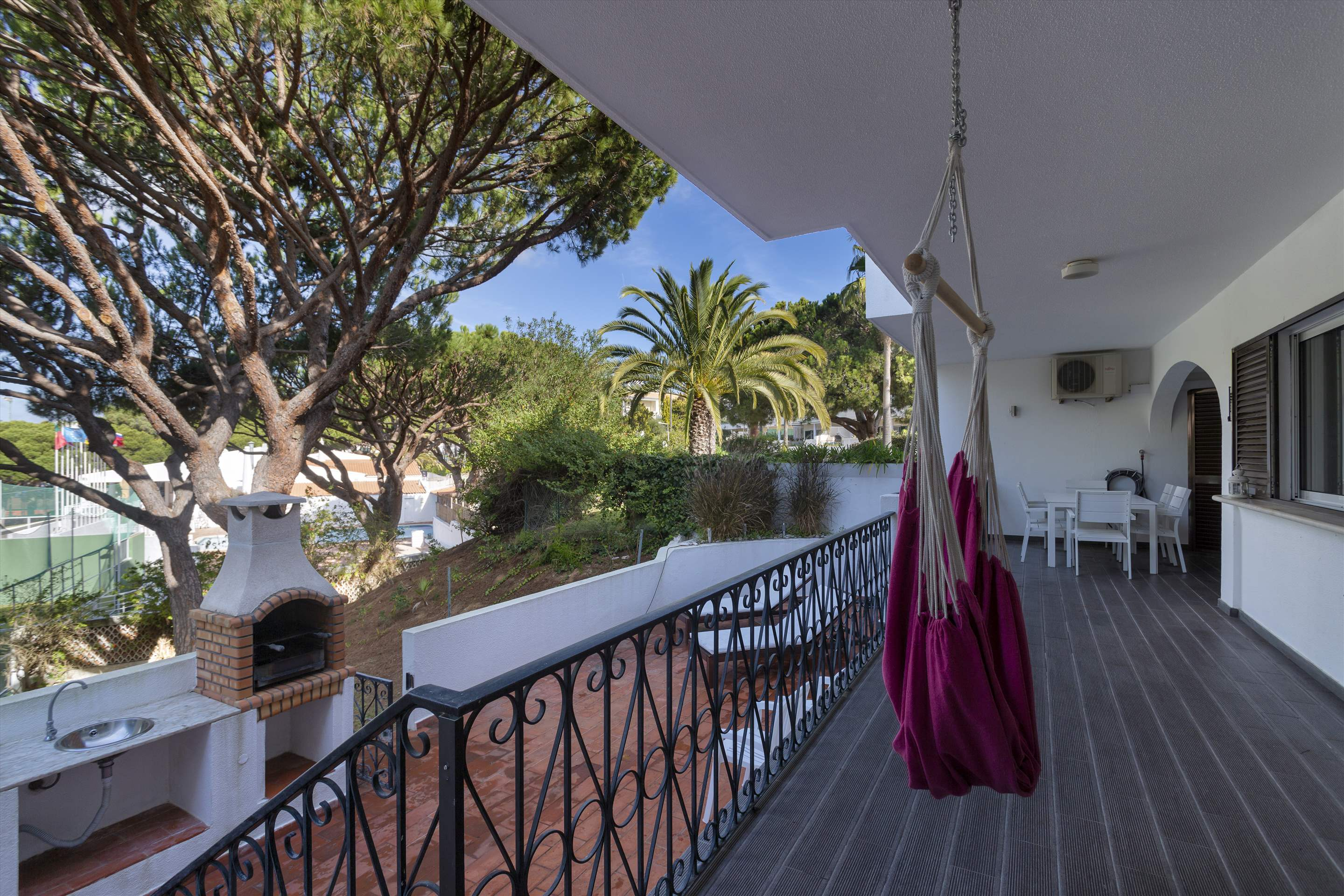 Apartment Academia, 3 bedroom apartment in Vale do Lobo, Algarve Photo #4