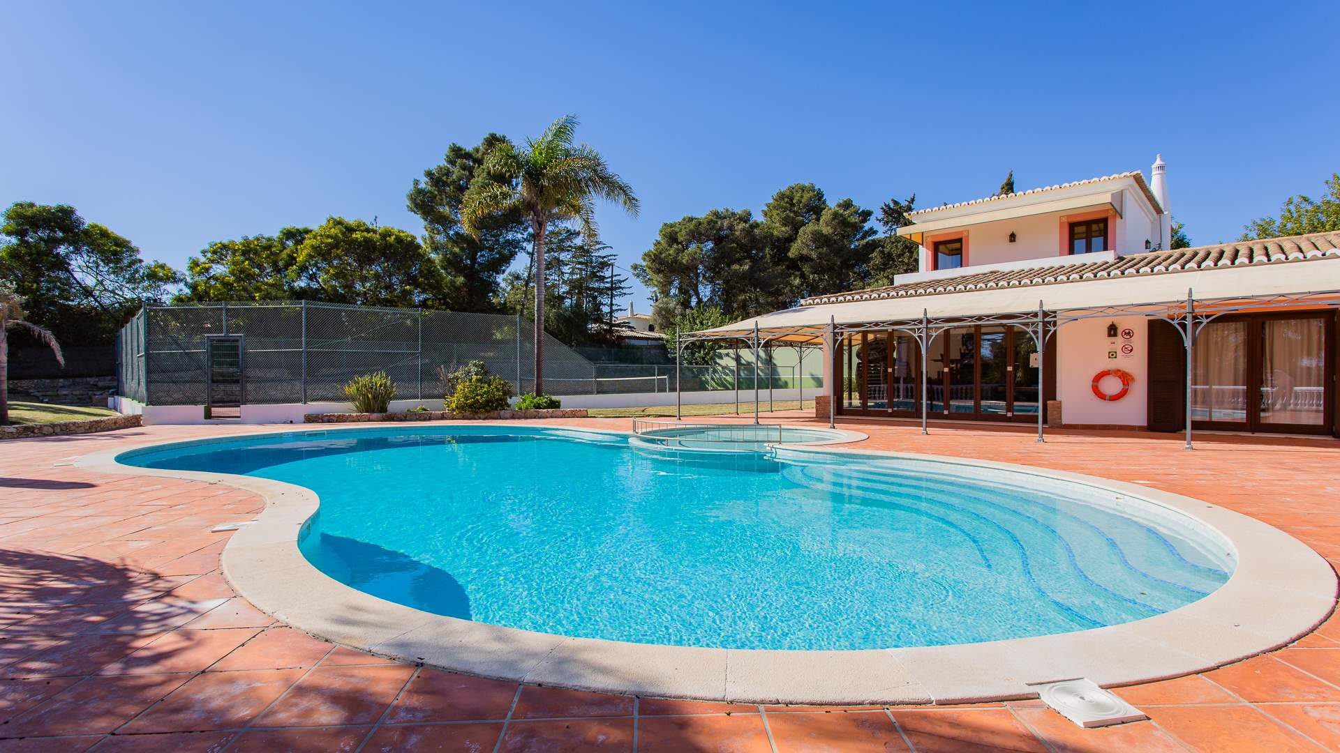 Casa Mouraria, 8 Bedrooms Rate with separate apartment, 8 bedroom villa in Carvoeiro Area, Algarve Photo #2