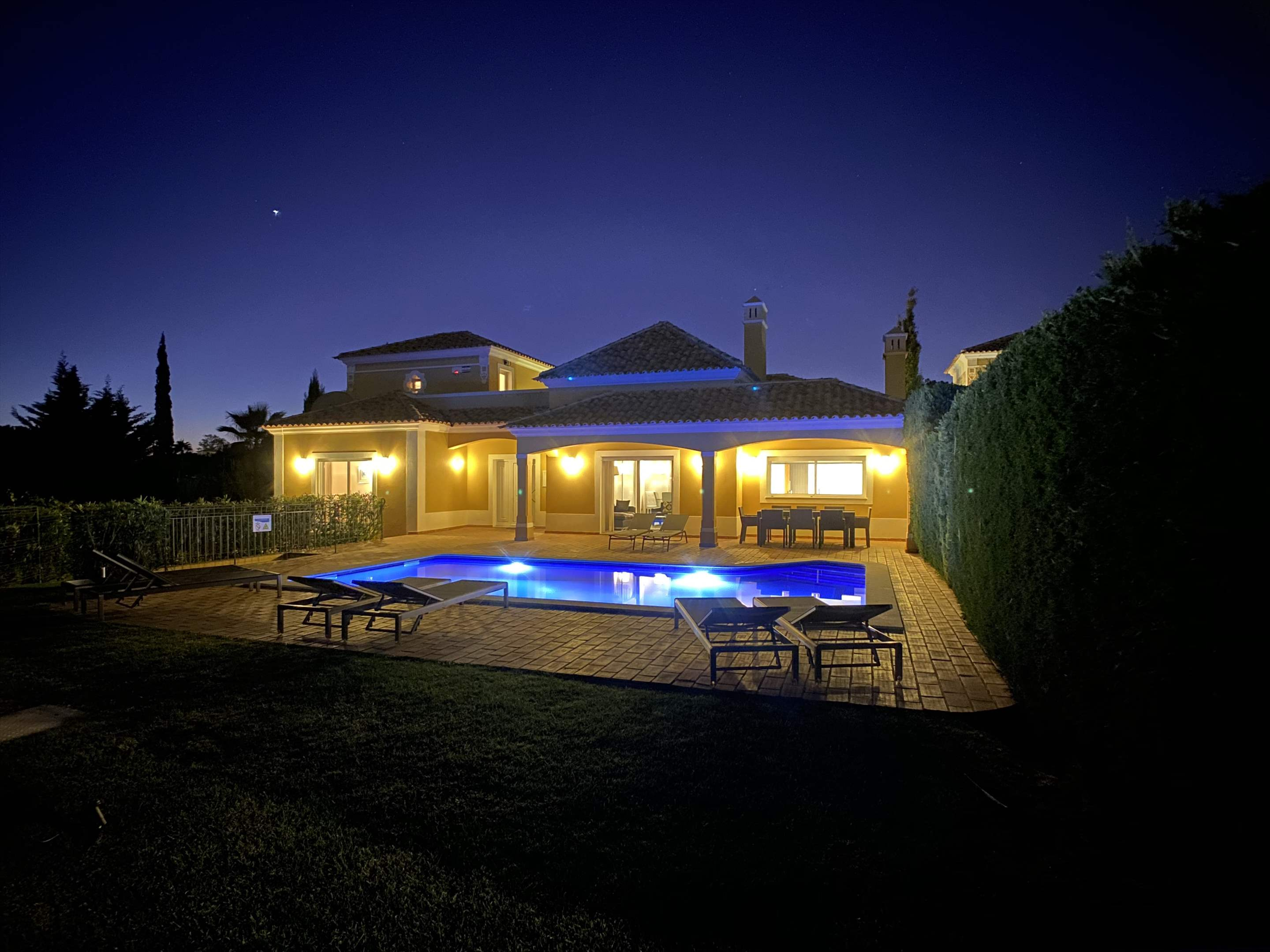 The Ocean Villas, 5 bedroom villa in Gale, Vale da Parra and Guia, Algarve Photo #13