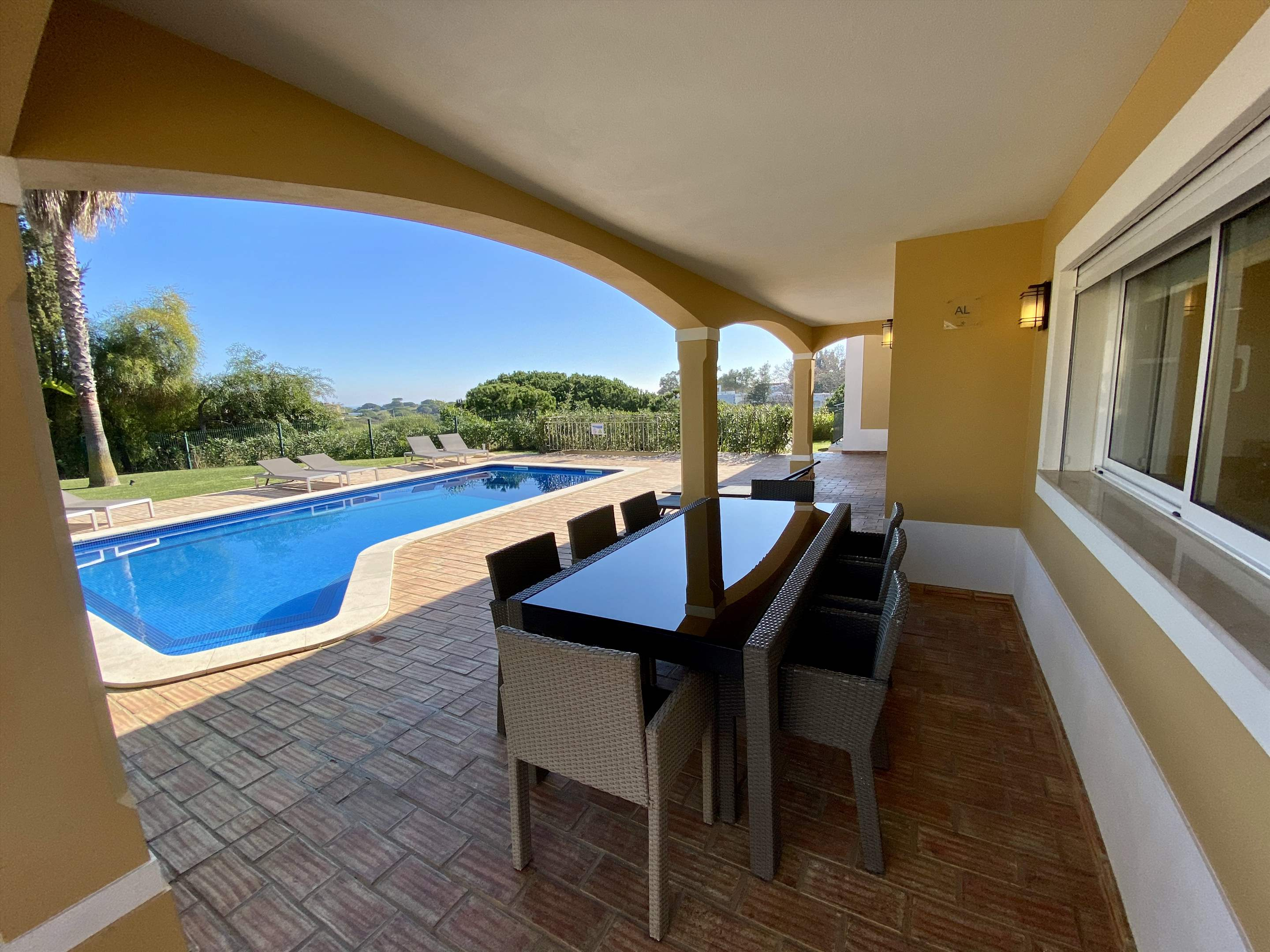 The Ocean Villas, 5 bedroom villa in Gale, Vale da Parra and Guia, Algarve Photo #8
