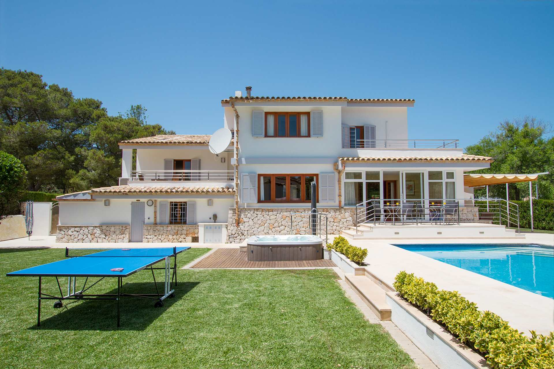 Villa Ca'n Barbas, 4 bedroom villa in Pollensa & Puerto Pollensa , Majorca Photo #11