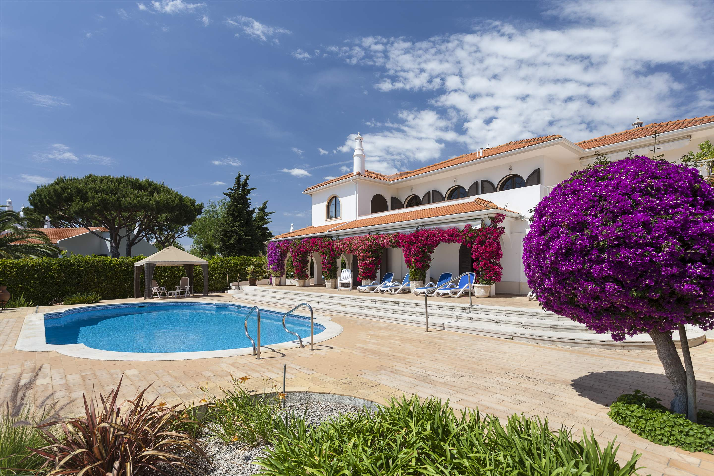 Villa Lake View, 4 bedroom villa in Quinta do Lago, Algarve Photo #10