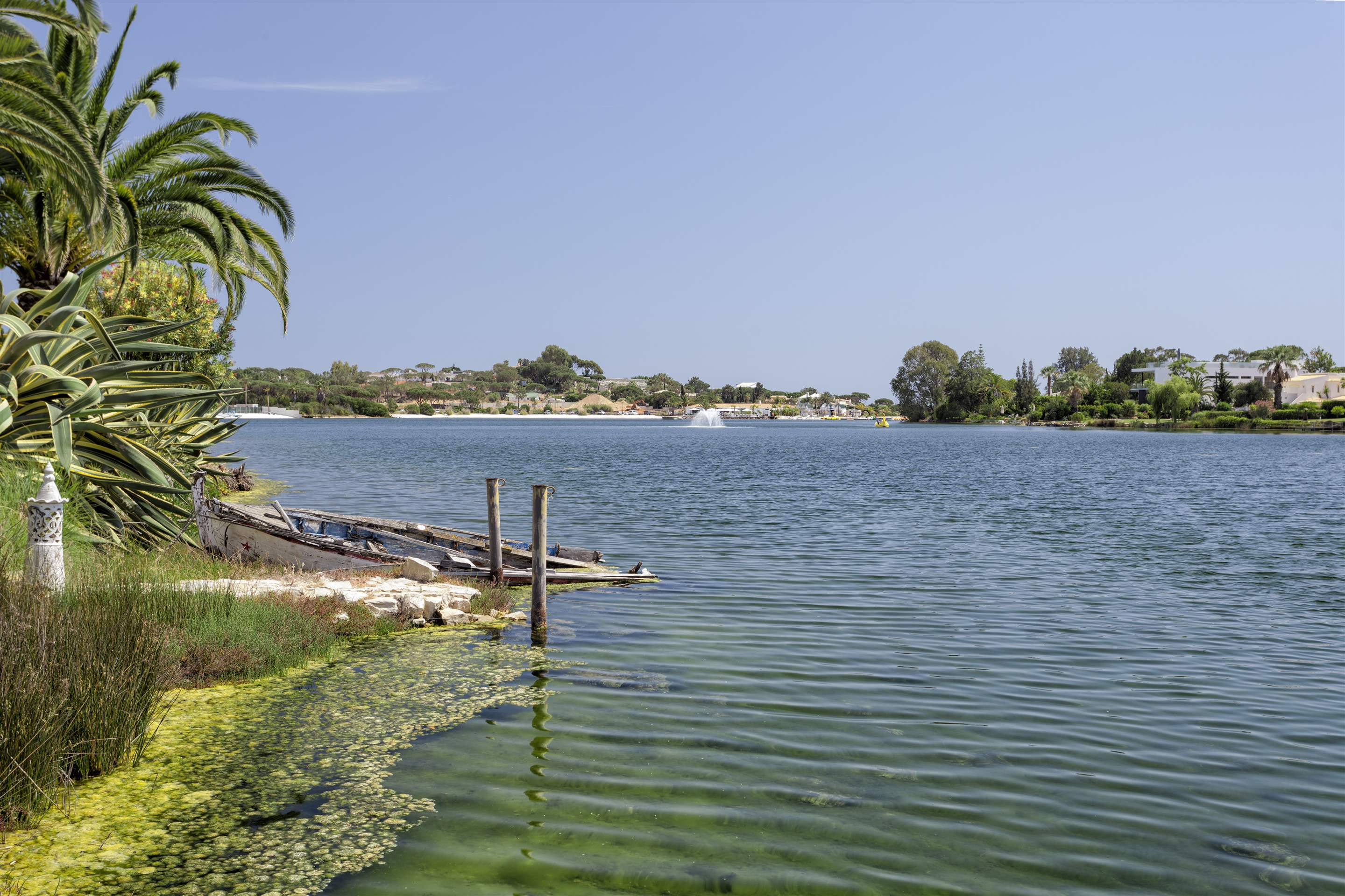 Villa Lake View, 4 bedroom villa in Quinta do Lago, Algarve Photo #15