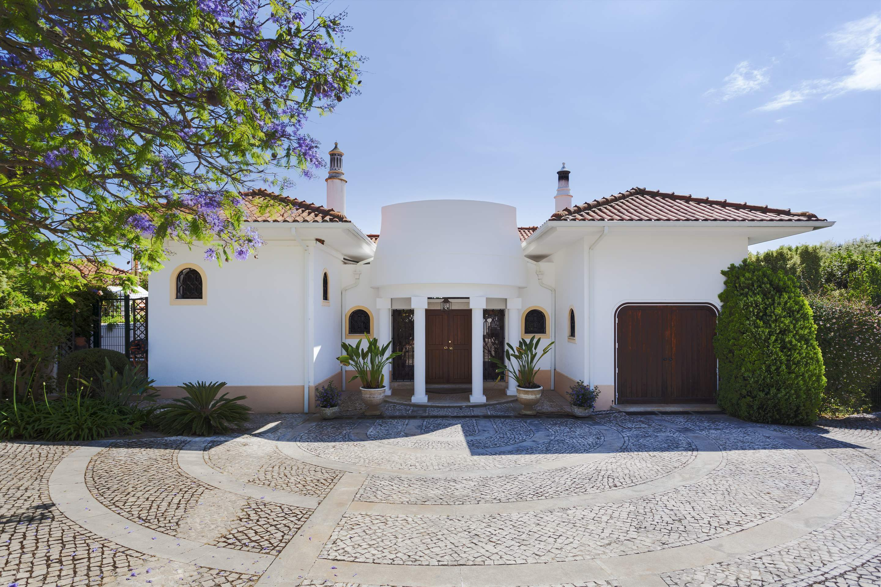 Villa Lake View, 4 bedroom villa in Quinta do Lago, Algarve Photo #17