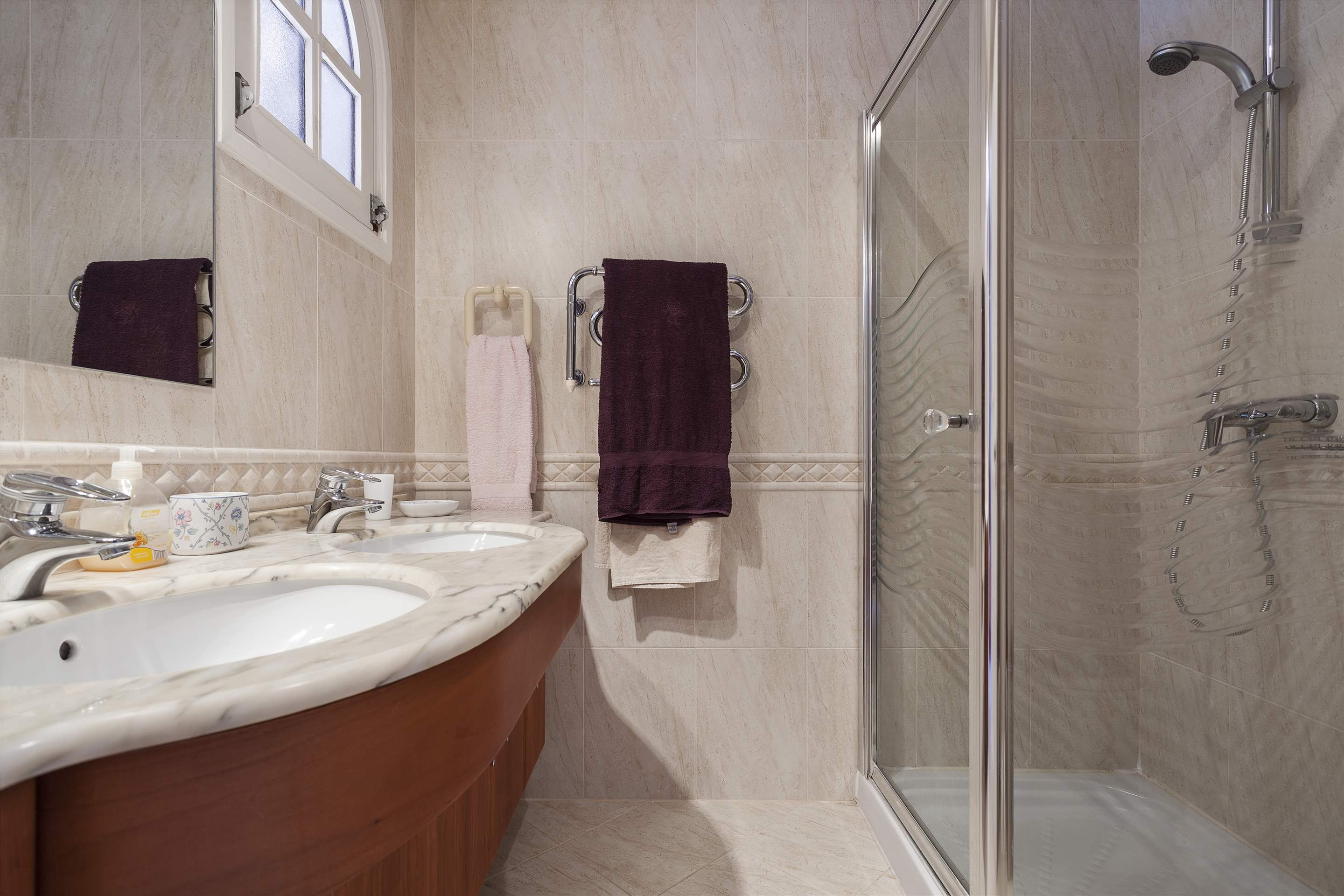 Villa Lake View, 4 bedroom villa in Quinta do Lago, Algarve Photo #19