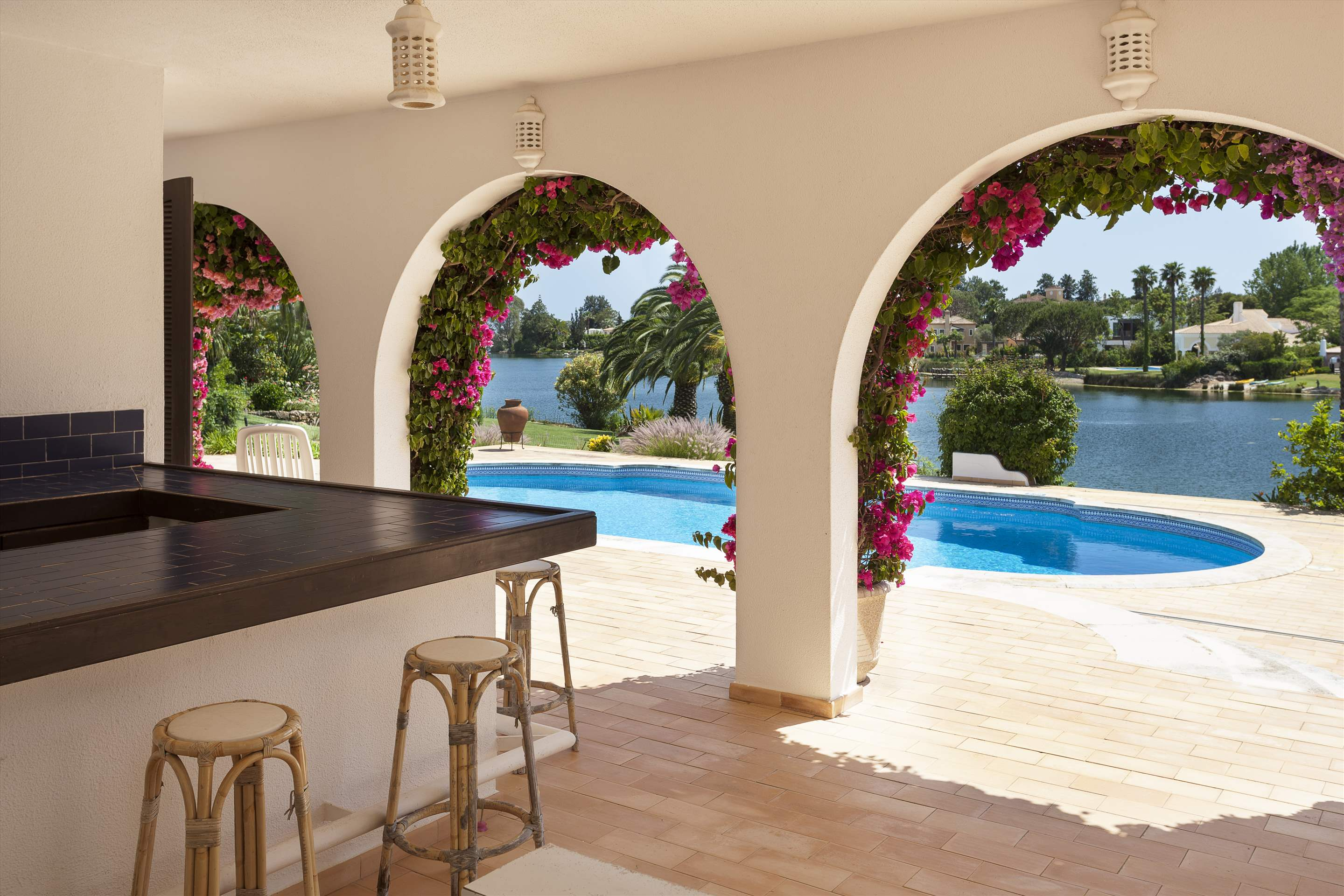 Villa Lake View, 4 bedroom villa in Quinta do Lago, Algarve Photo #8