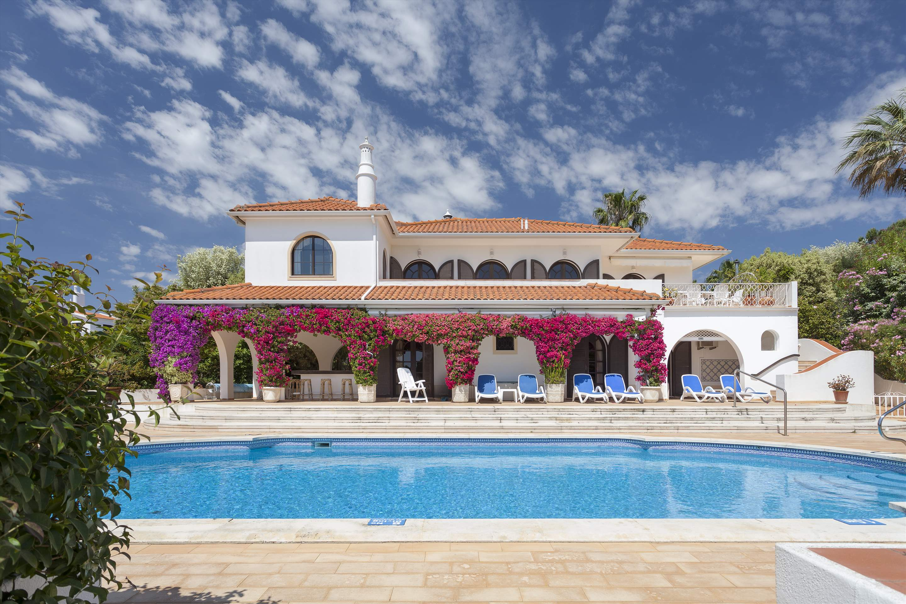 Villa Lake View, 4 bedroom villa in Quinta do Lago, Algarve Photo #9